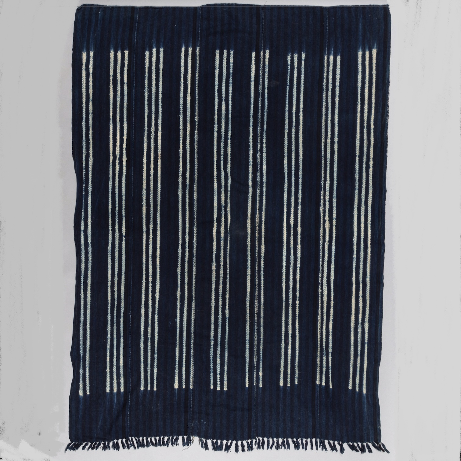 A STRIKINGLY STRIPED WOMANS CLOTH, MOSSI TRIBE ( No 3485 )