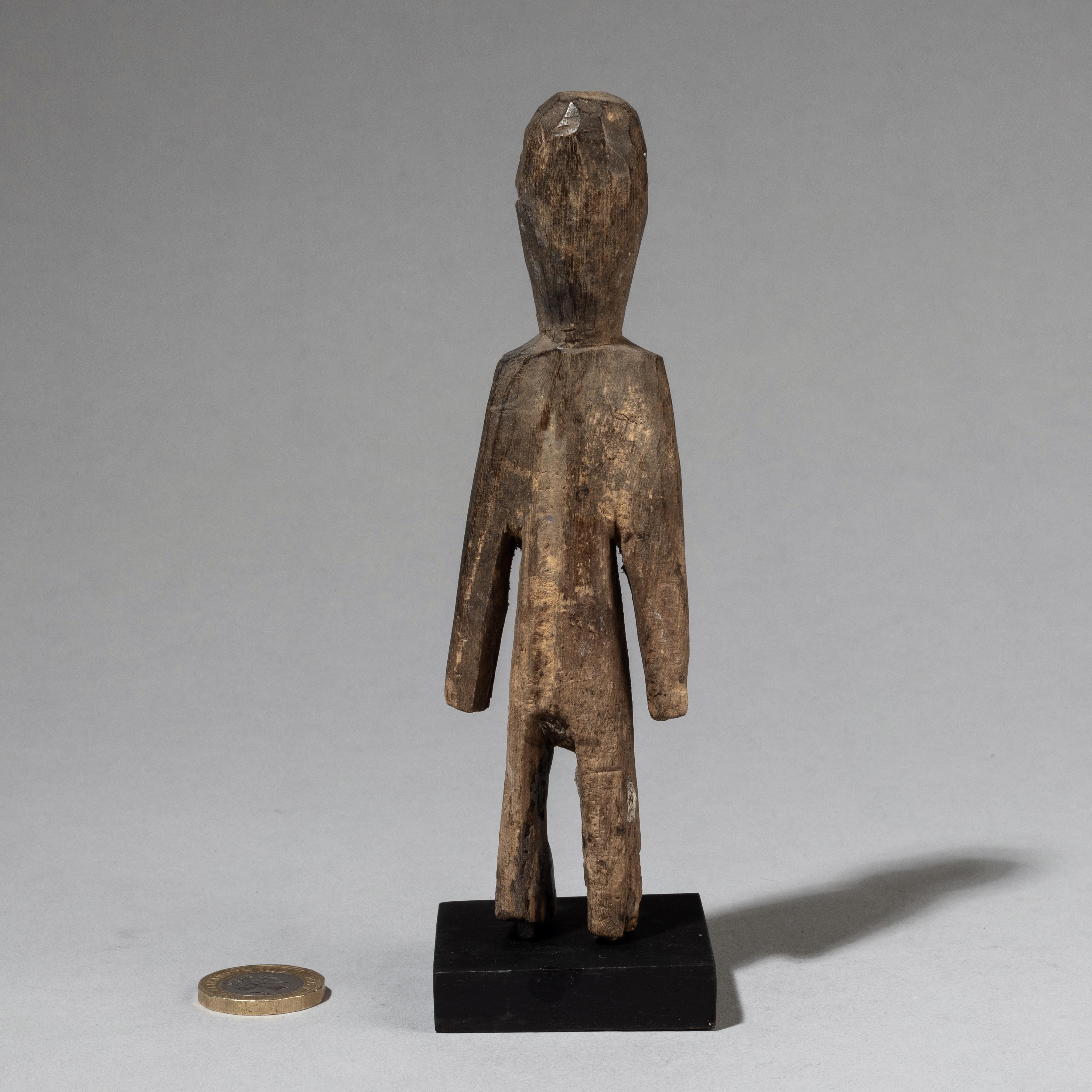 AN EXUBERANT ADAN ANCESTOR FIGURE FROM GHANA ( No 3451 )