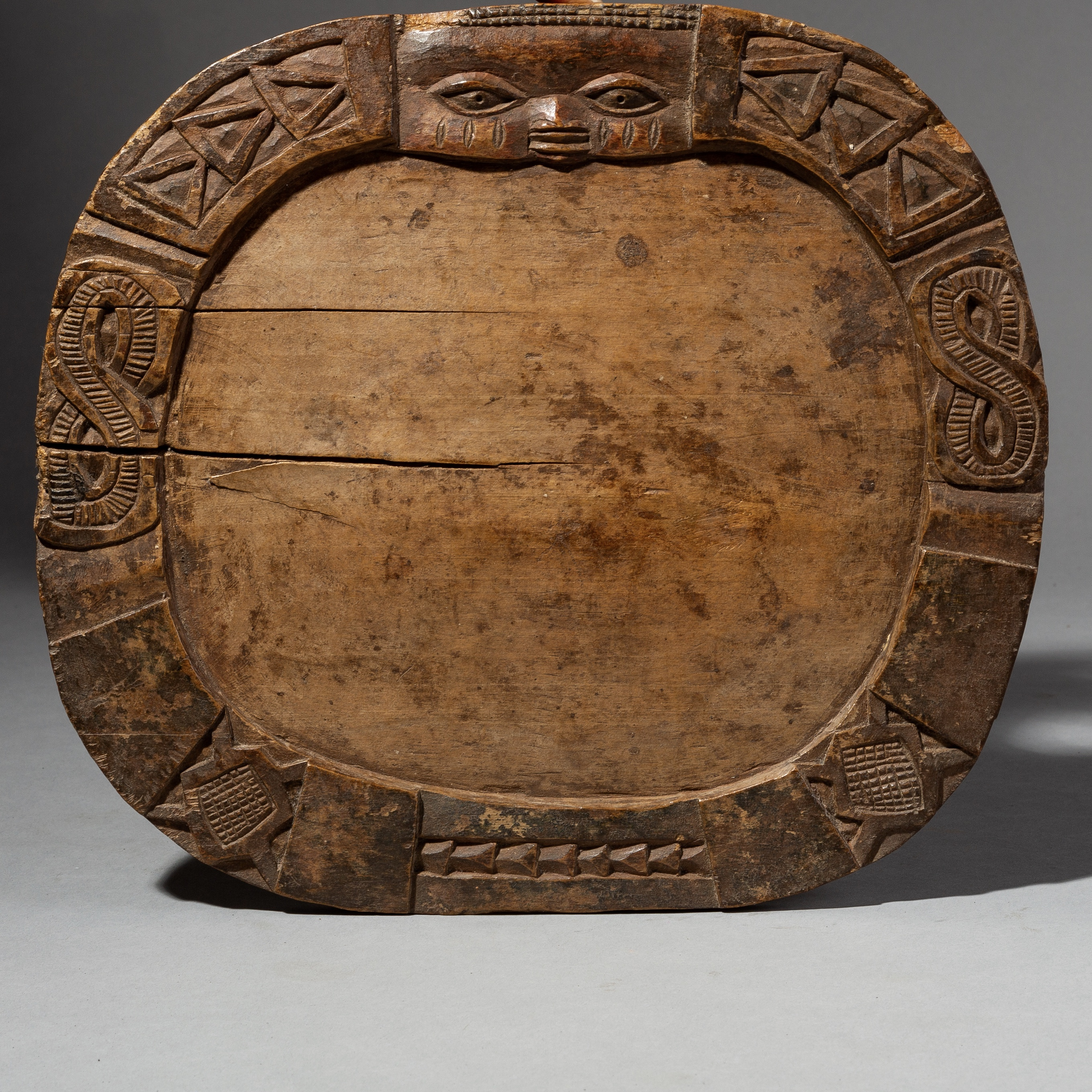 AN OLD WEATHERED DIVINATION BOARD, YORUBA TRIBE NIGERIA ( No 2006 )