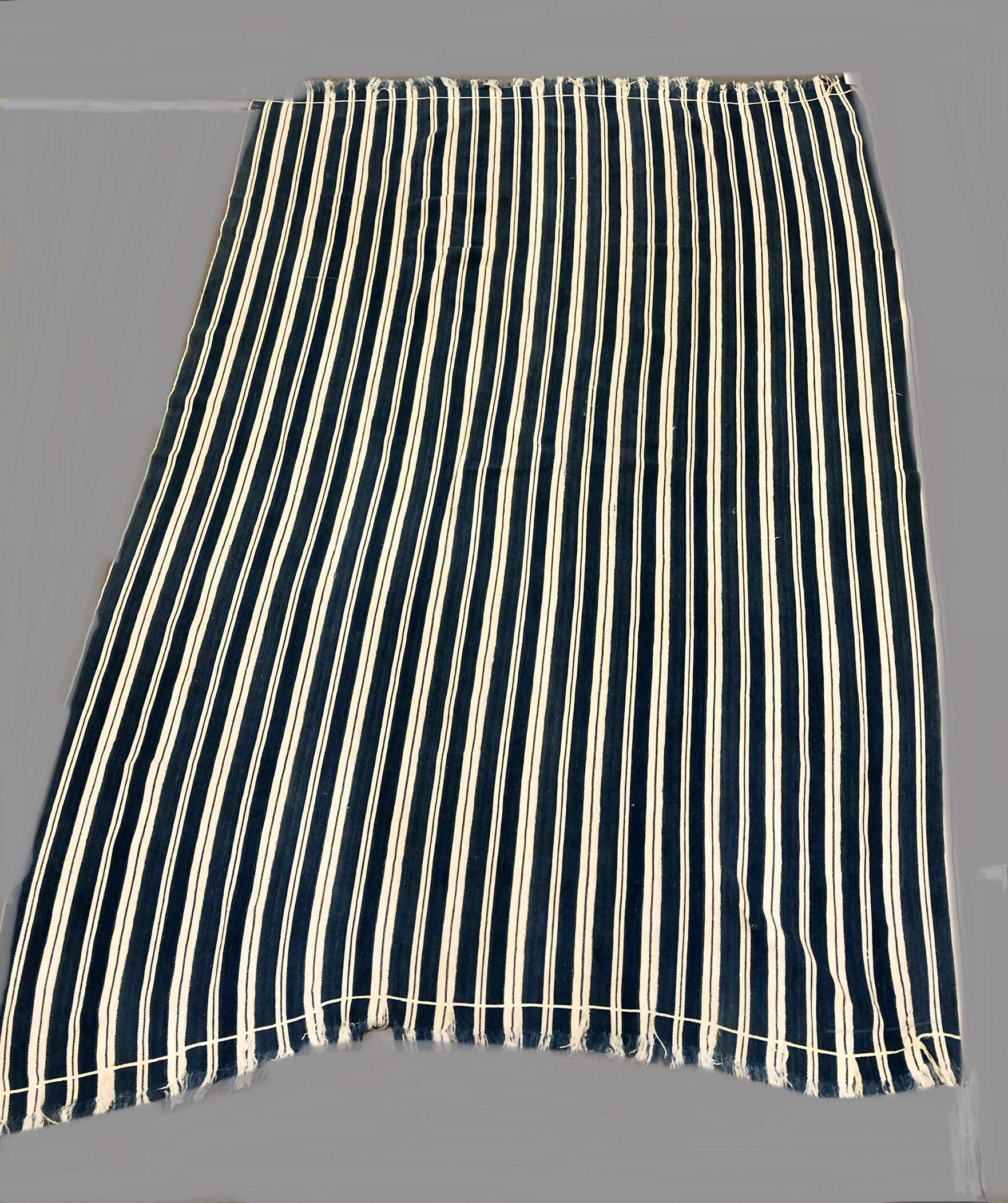 A LARGE MENS STRIPED CLOTH FROM NORTHERN GHANA ( No 2205 )