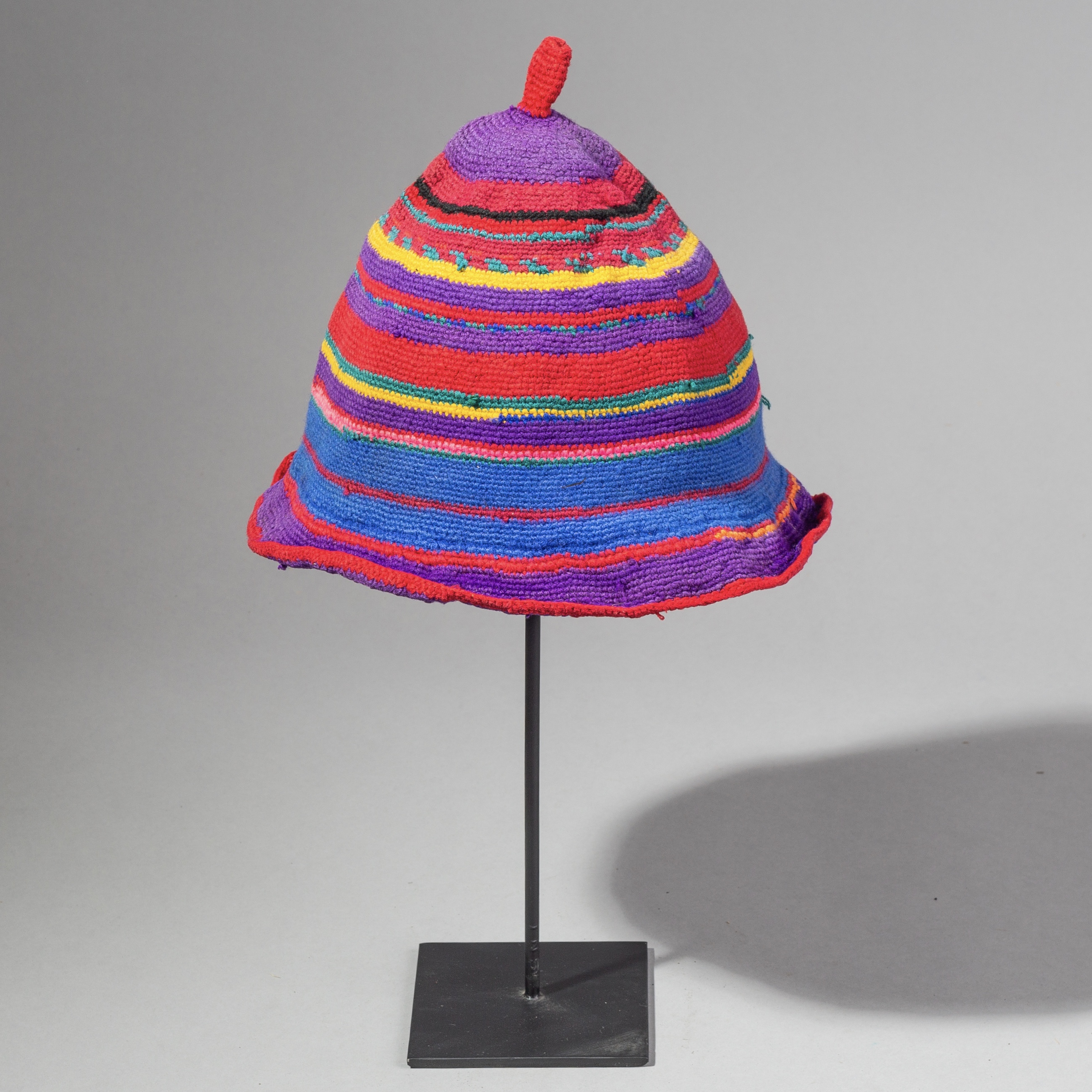 A CUTE KNITTED HAT FROM THE DORSI TRIBE OF ETHIOPIA ( No 2110 )