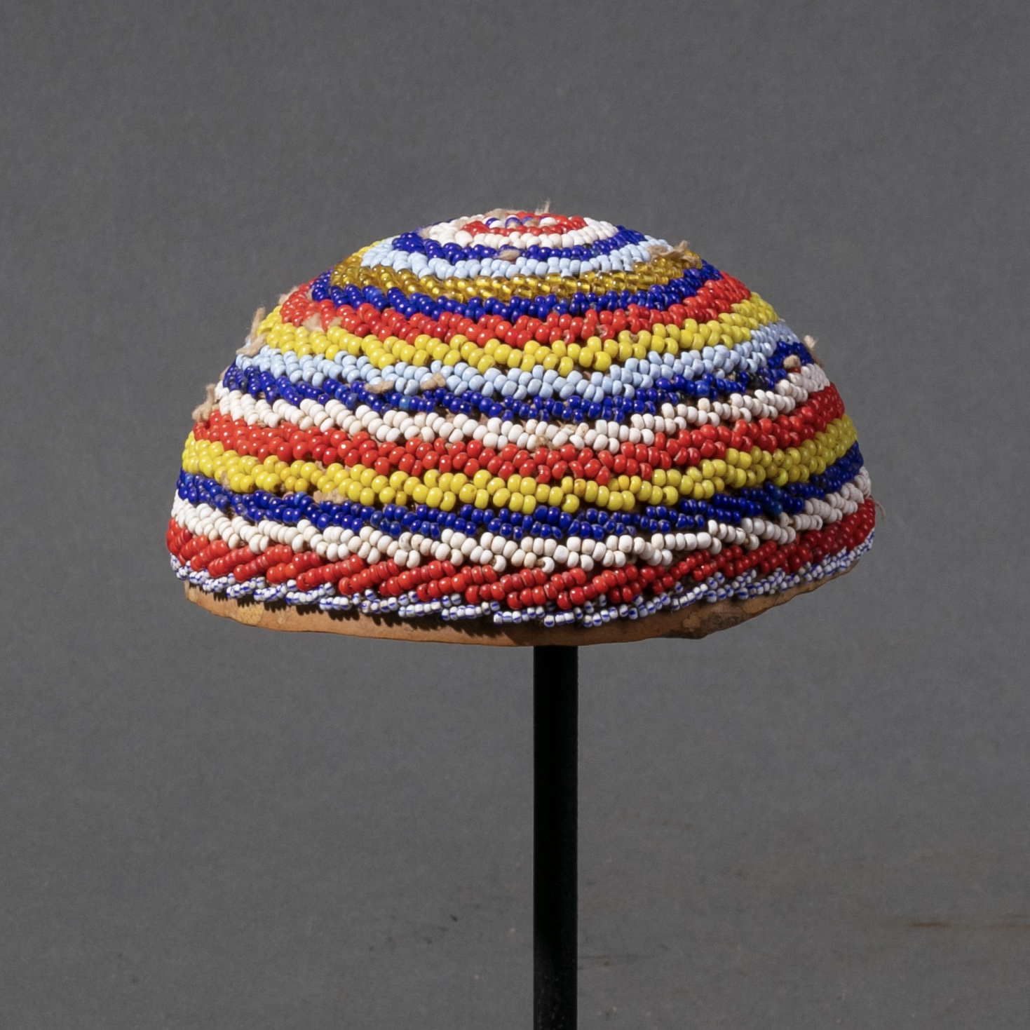 SMALL KIRDI TRIBE BEADED HAT FROM CAMEROON ( No 984 )