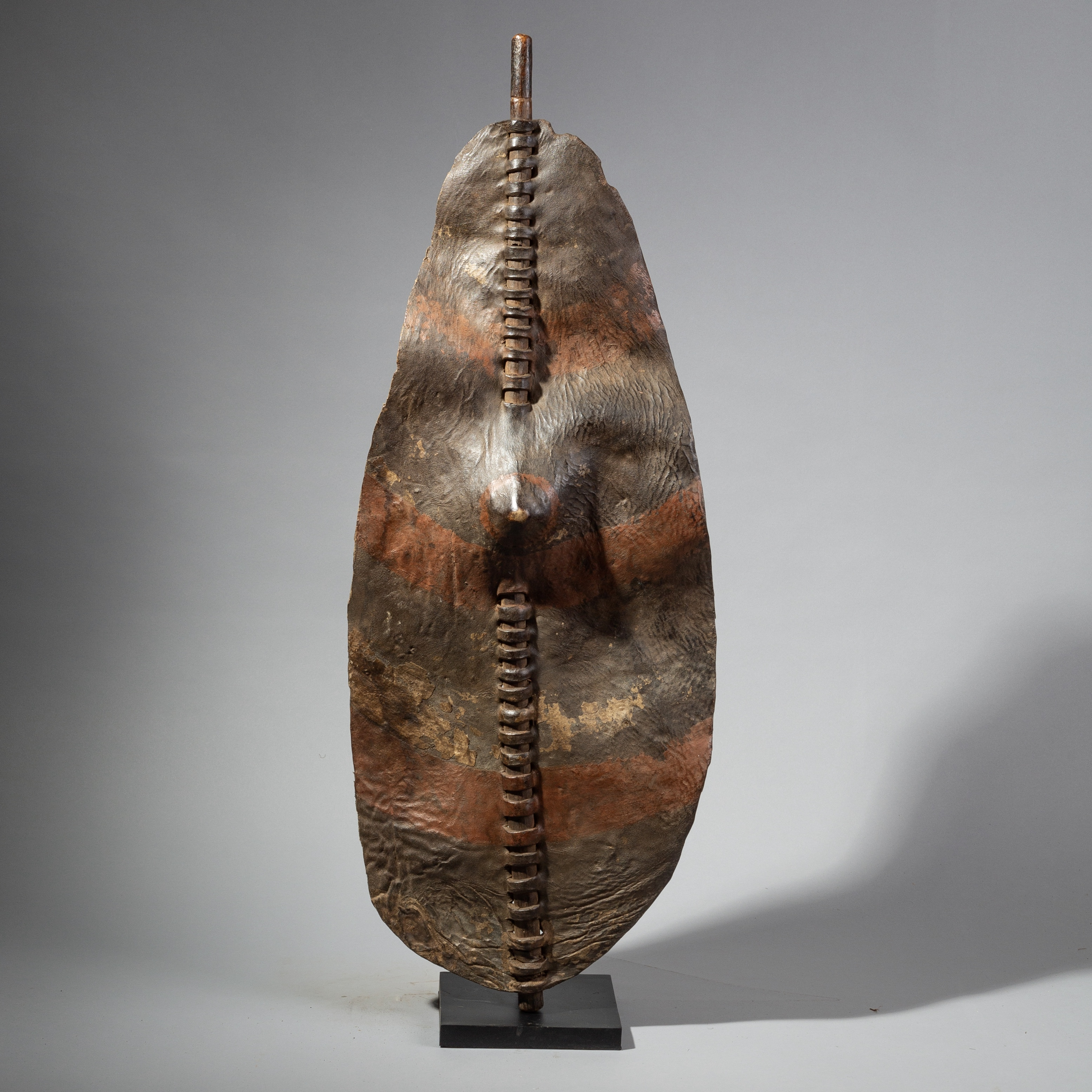 AN EARTHY LEATHER SHIELD FROM THE DINKA  ( No 1767 )