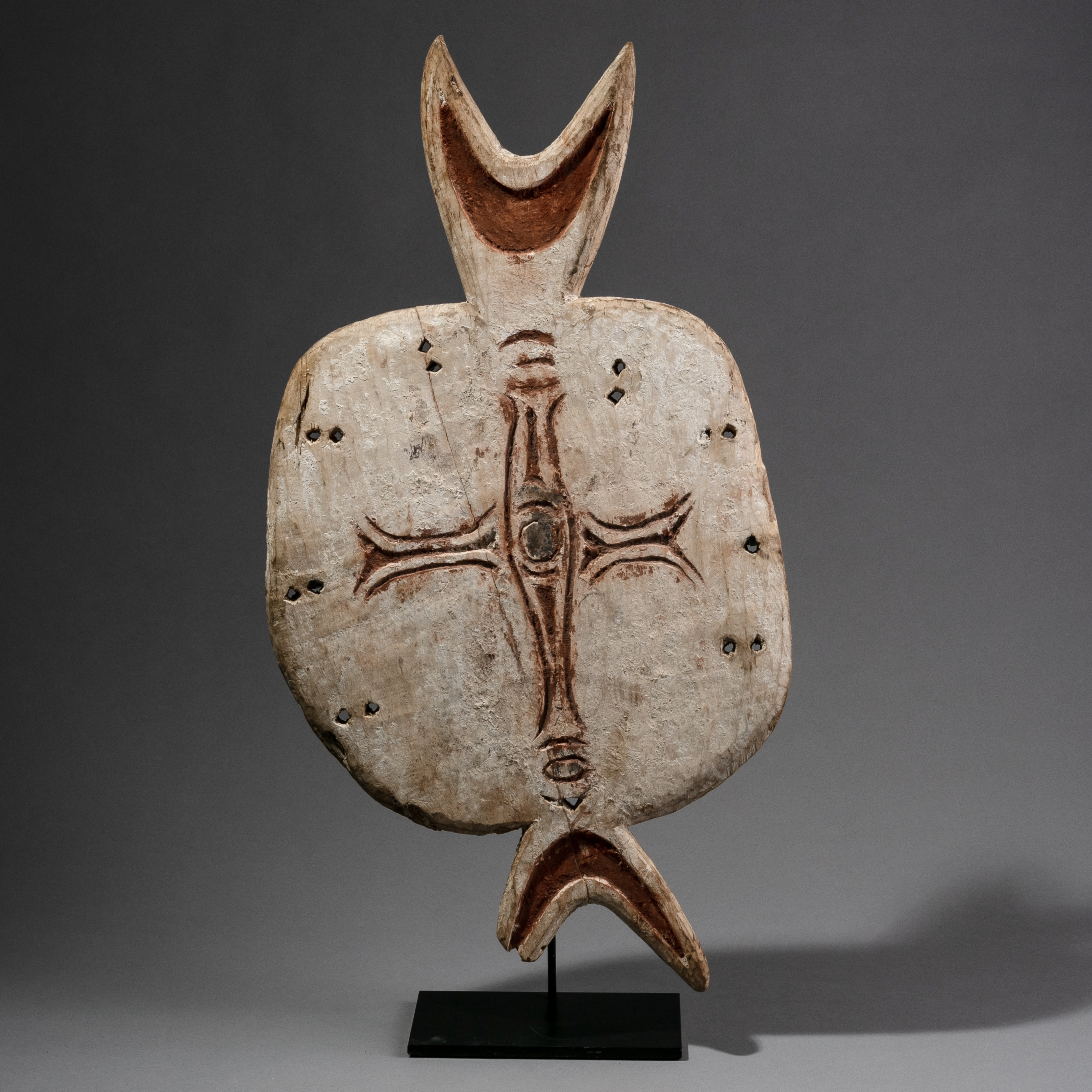 AN ABTRACT ABORIGINAL TURTLE TOTEM FROM AUSTRALIA ( No 1066 ). NM