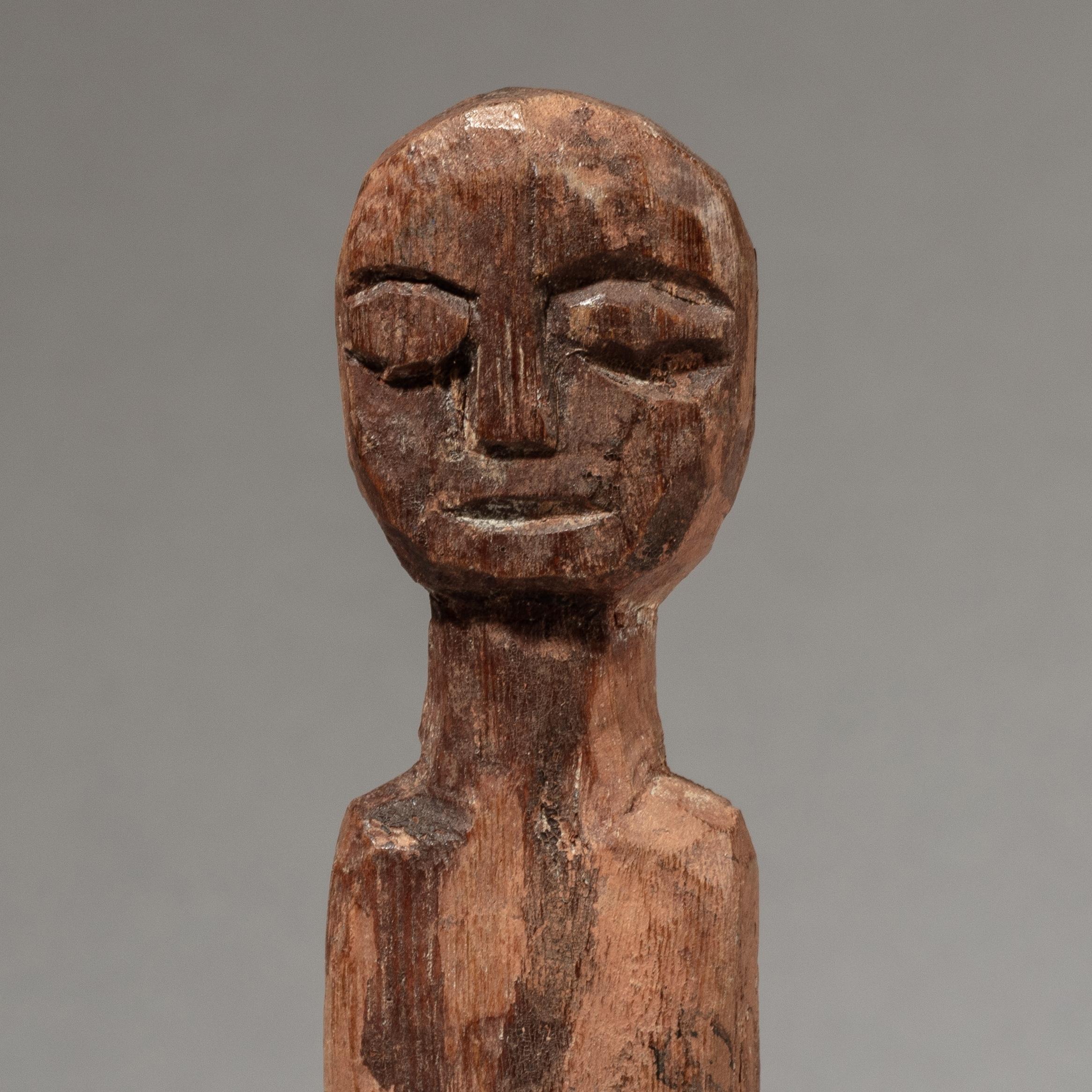 A CHARMING ADAN ANCESTOR FIGURE FROM GHANA ( No 3322 )