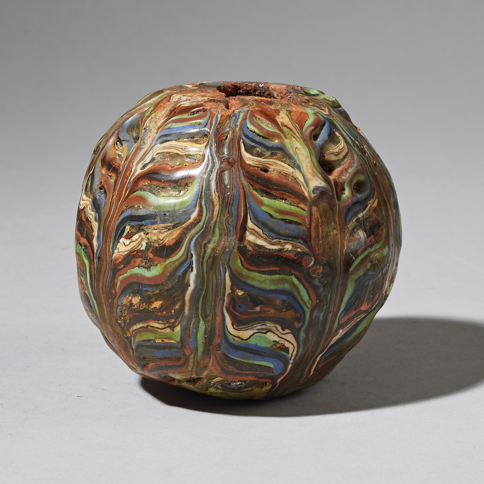A CRICKET BALL SIZE GLASS BEAD FROM JAVA ( No 3281 )