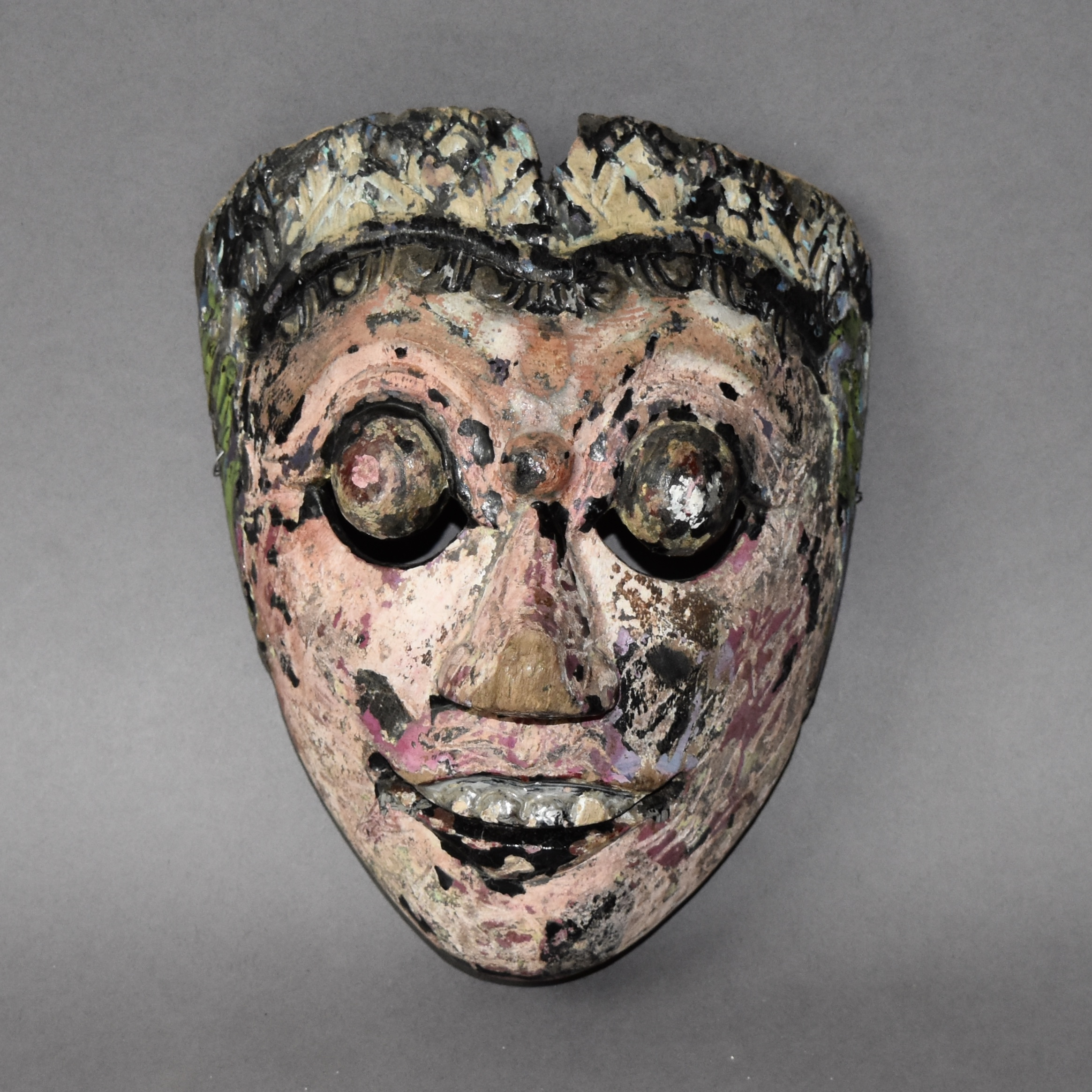 SD A CHARACTERFUL  BALINESE THEATRE MASK ( No 546 )