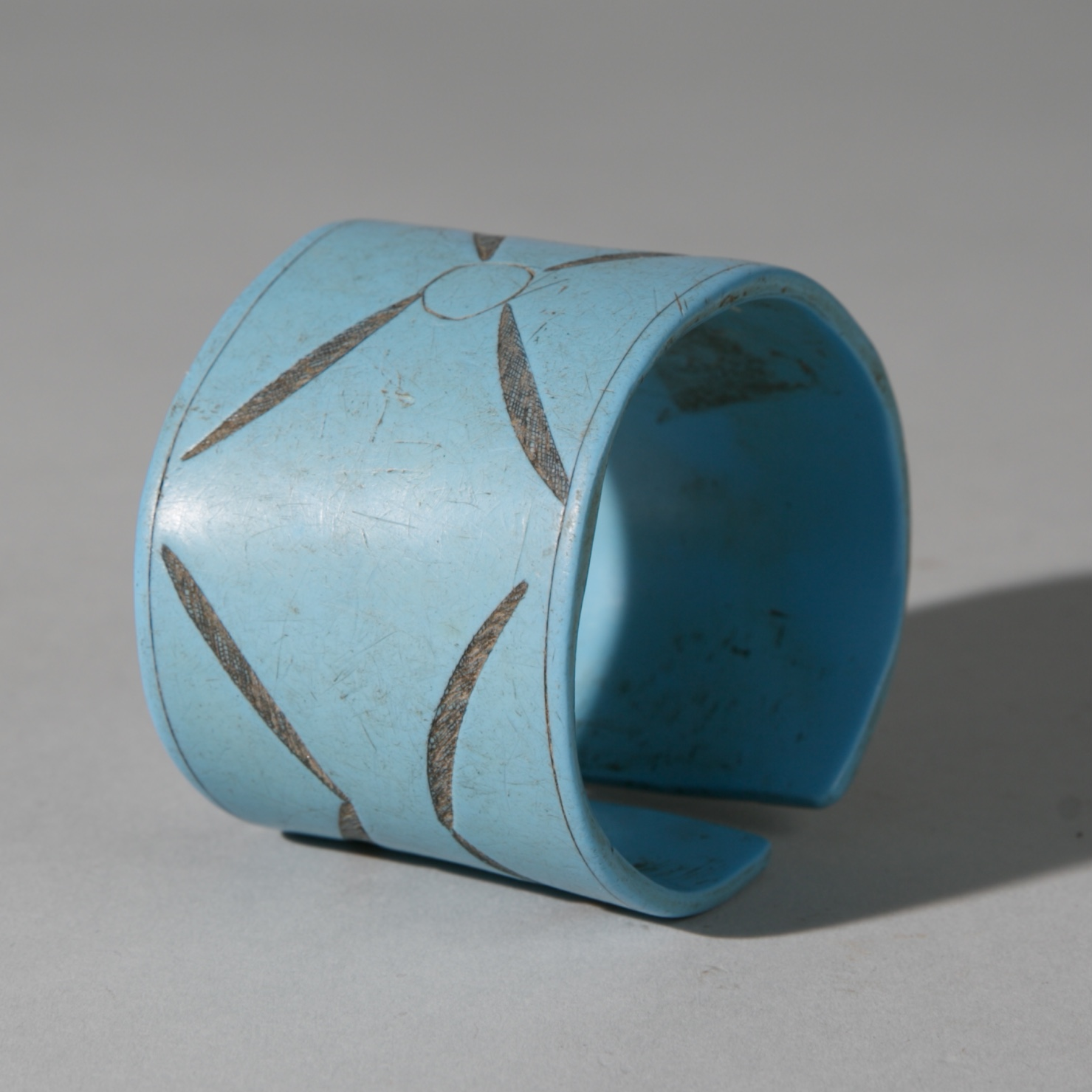 A HOLY BLUE HIMBA CUFF BRACELET, NAMIBIA, SW AFRICA ( No 3920 )