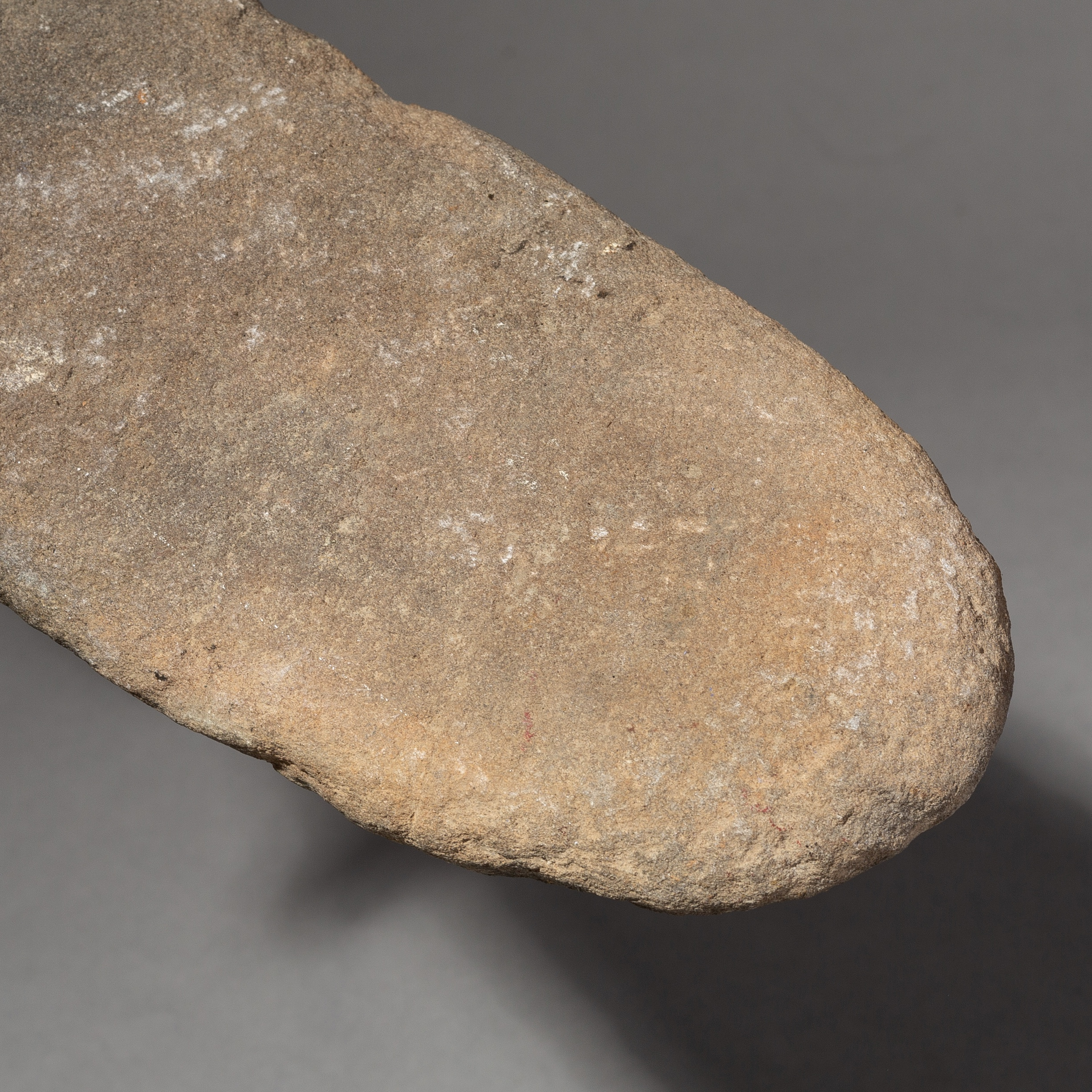 AN ANTIQUE STONE MORTAR FROM THE SAHARA ( No 2176 )
