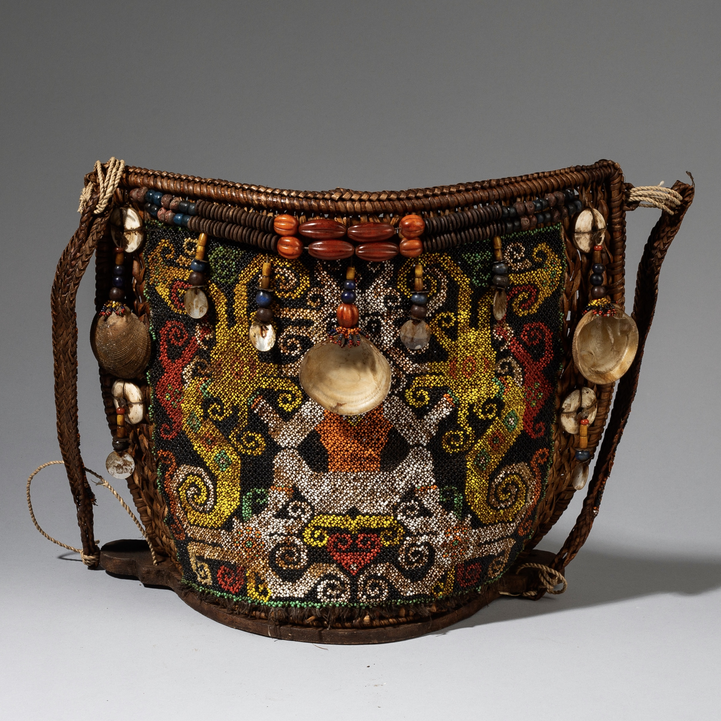 A GLASS BEAD DECORATED BABY CARRIER BASKET,  DAYAK, INDONESIA ( No 3262 )