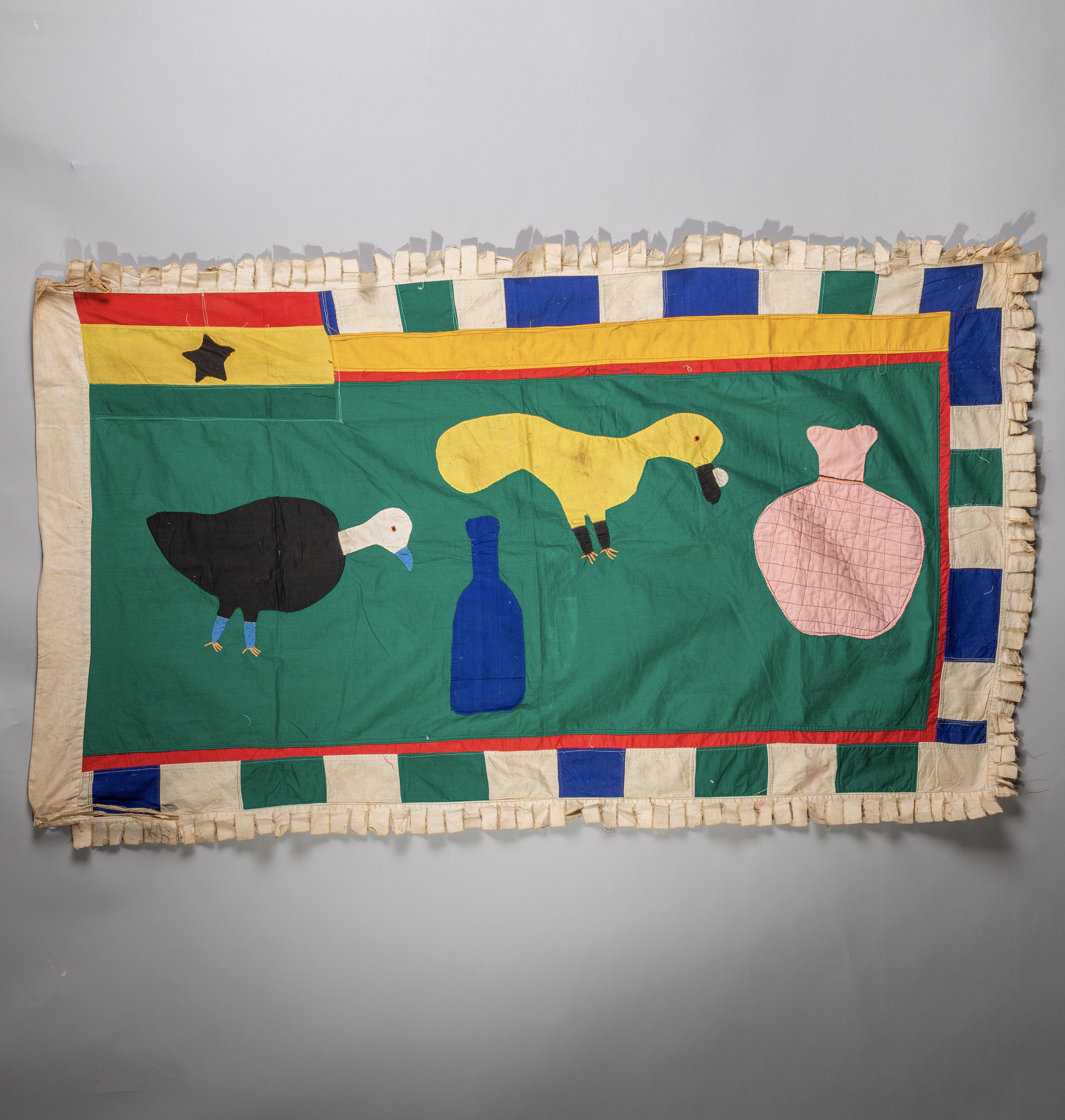 A WONDERFUL BIRD ASAFO FLAG FROM FANTE TRIBE GHANA ( No 1899 )