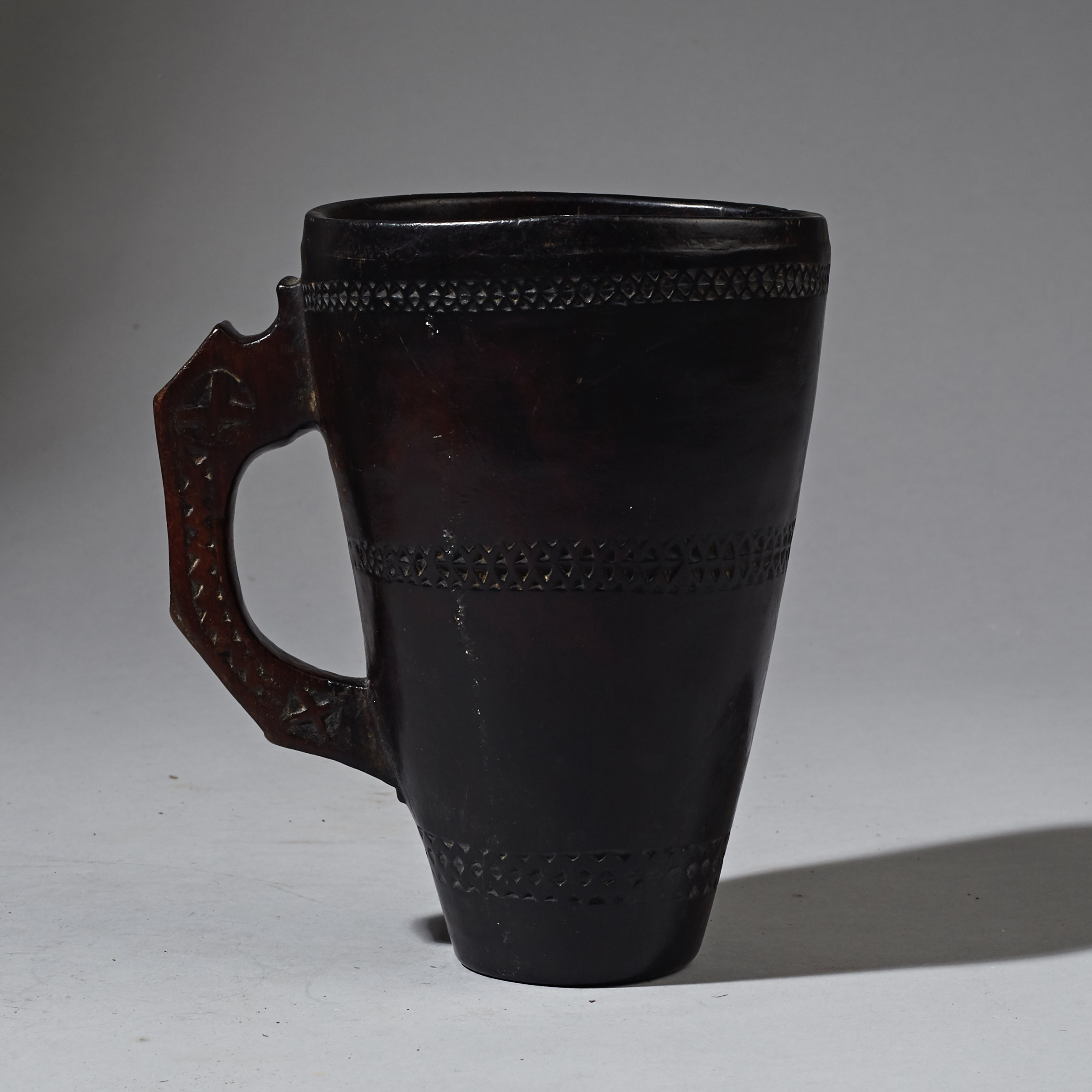 A FINE DETAILED ETHIOPIAN WOOD  CUP  ( No 2309 )
