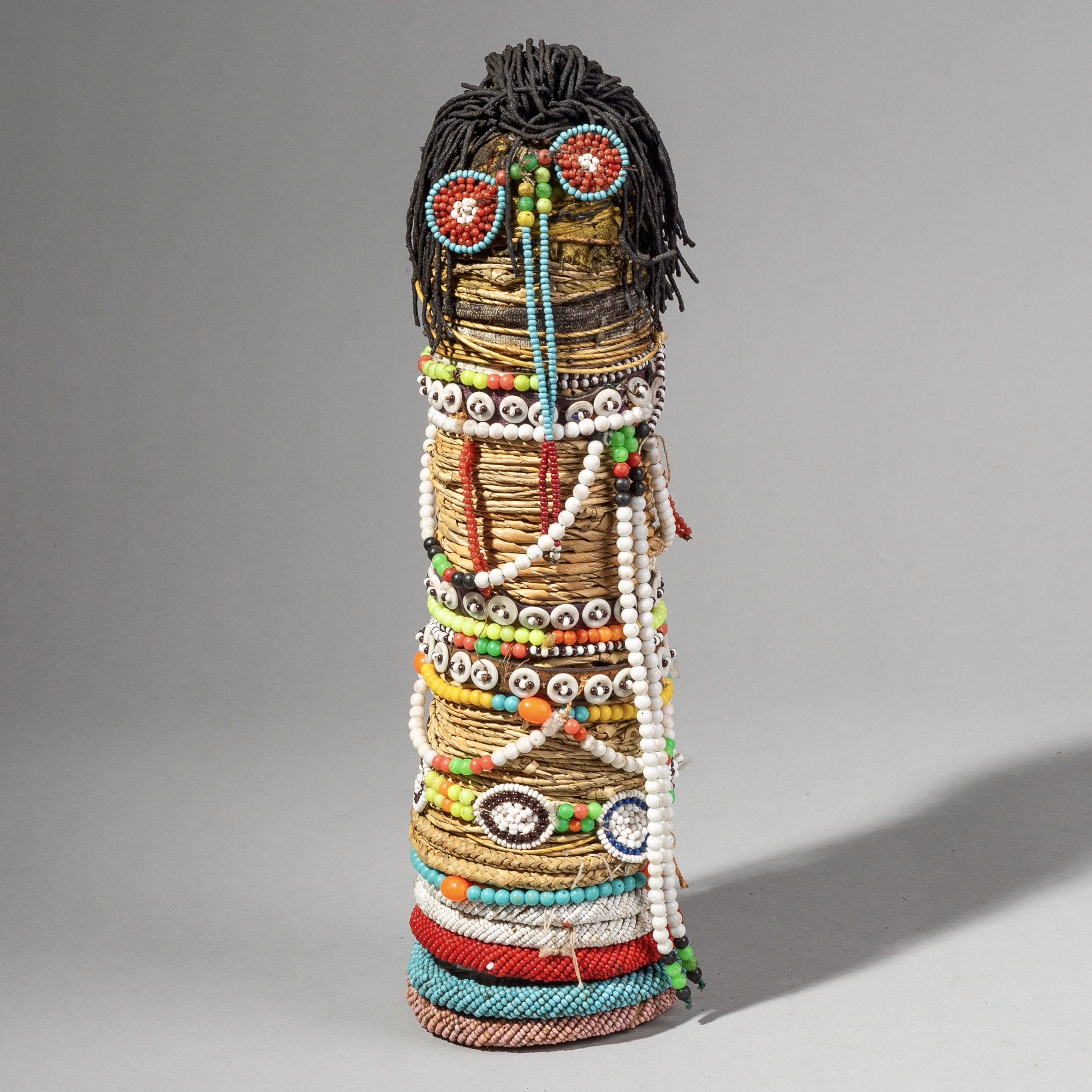 A KITCHEN SINK NTWANE DOLL FROM SOUTH AFRICA ( No 1751 )