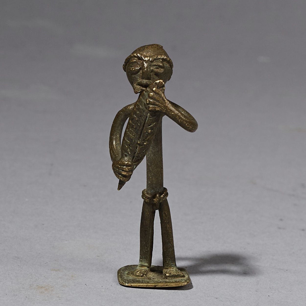 A JAUNTY RARE HUMAN ASHANTI GOLD MEASURING WEIGHT, GHANA ( No 2544 )