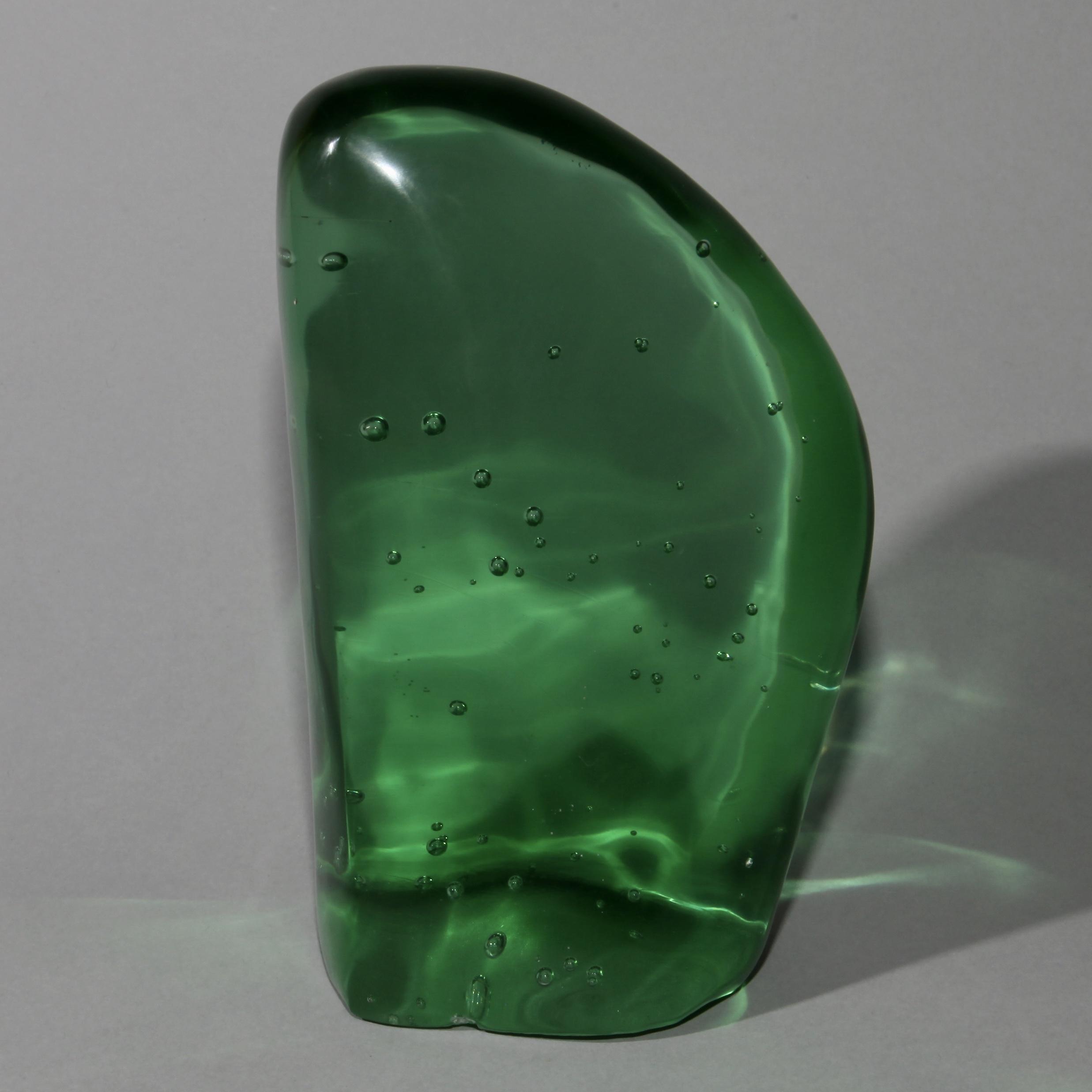 AN EMERALD GREEN NATURAL GLASS FORM ( No 1077 )