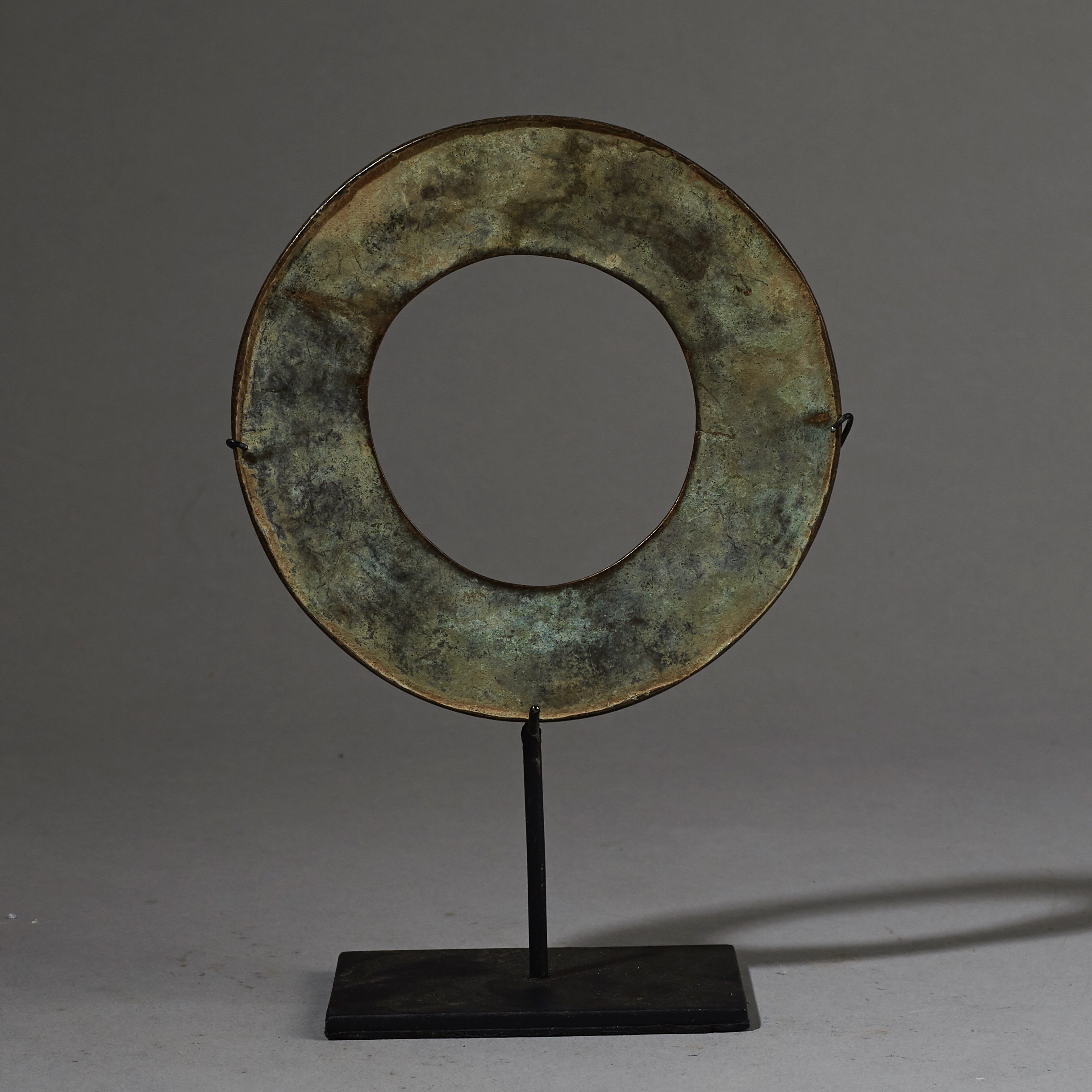 AN OLD BRONZE BRACELET FROM NORTHERN TOGO ( No 2646 )