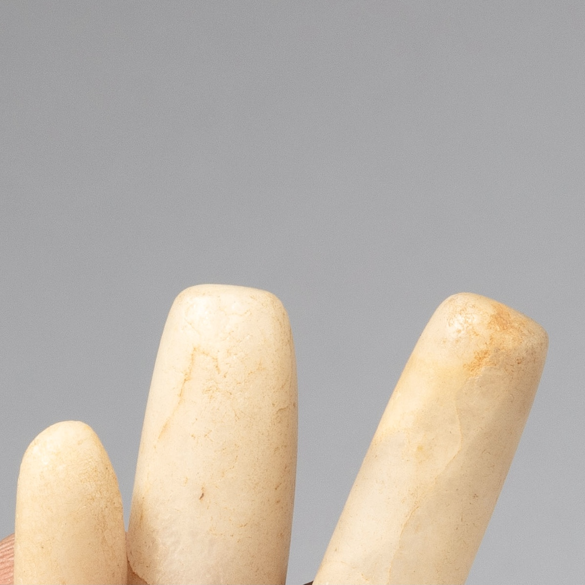 4 BEAUTIFUL QUARTZ, ANCIENT STONE LIP PLUGS FROM THE DESERT OF NIGER, W. AFRICA ( No 4288)