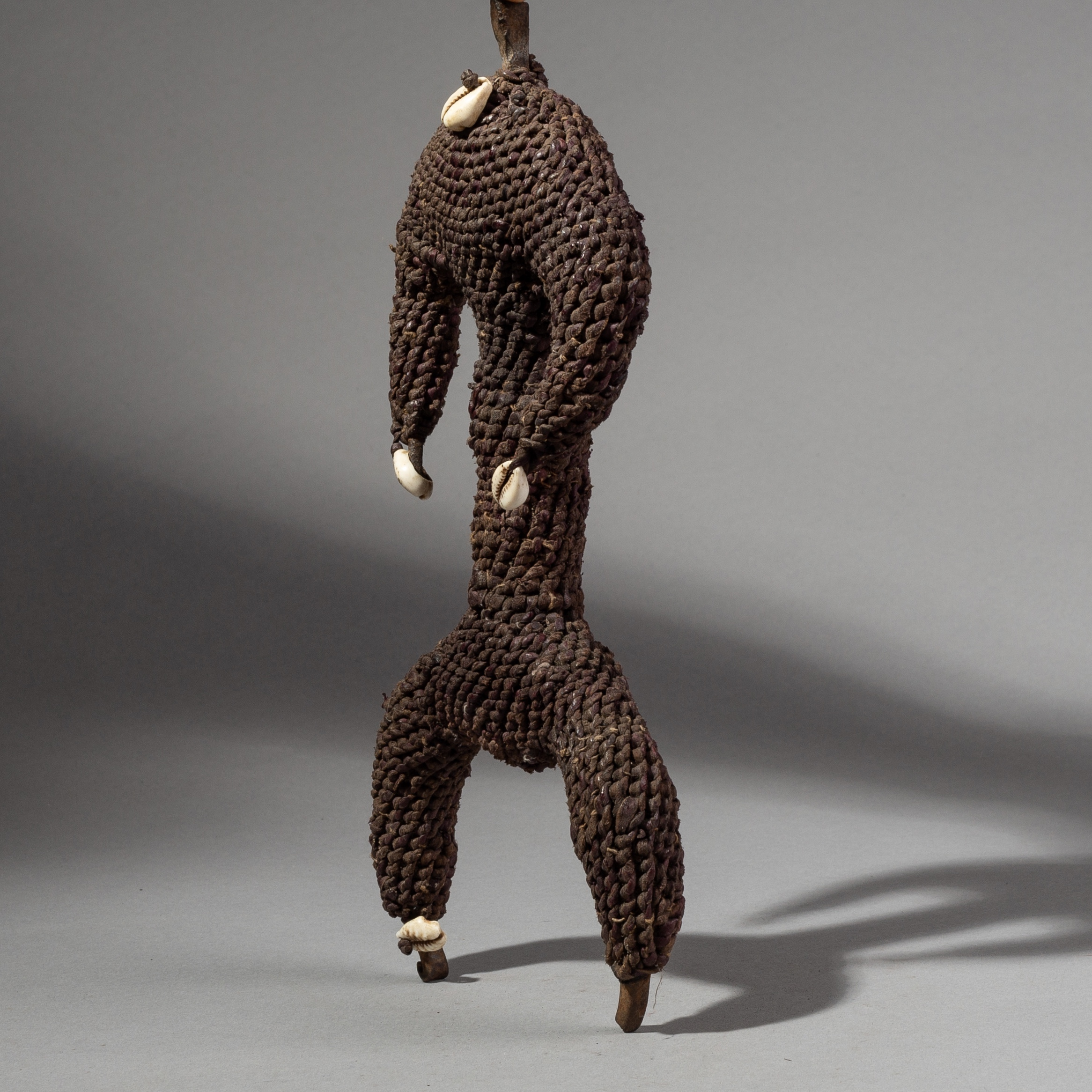( SOLD- LY )- SD A ELEMENTAL FIBRE DOLL FROM THE FALI TRIBE CAMEROON ( No 1946 )