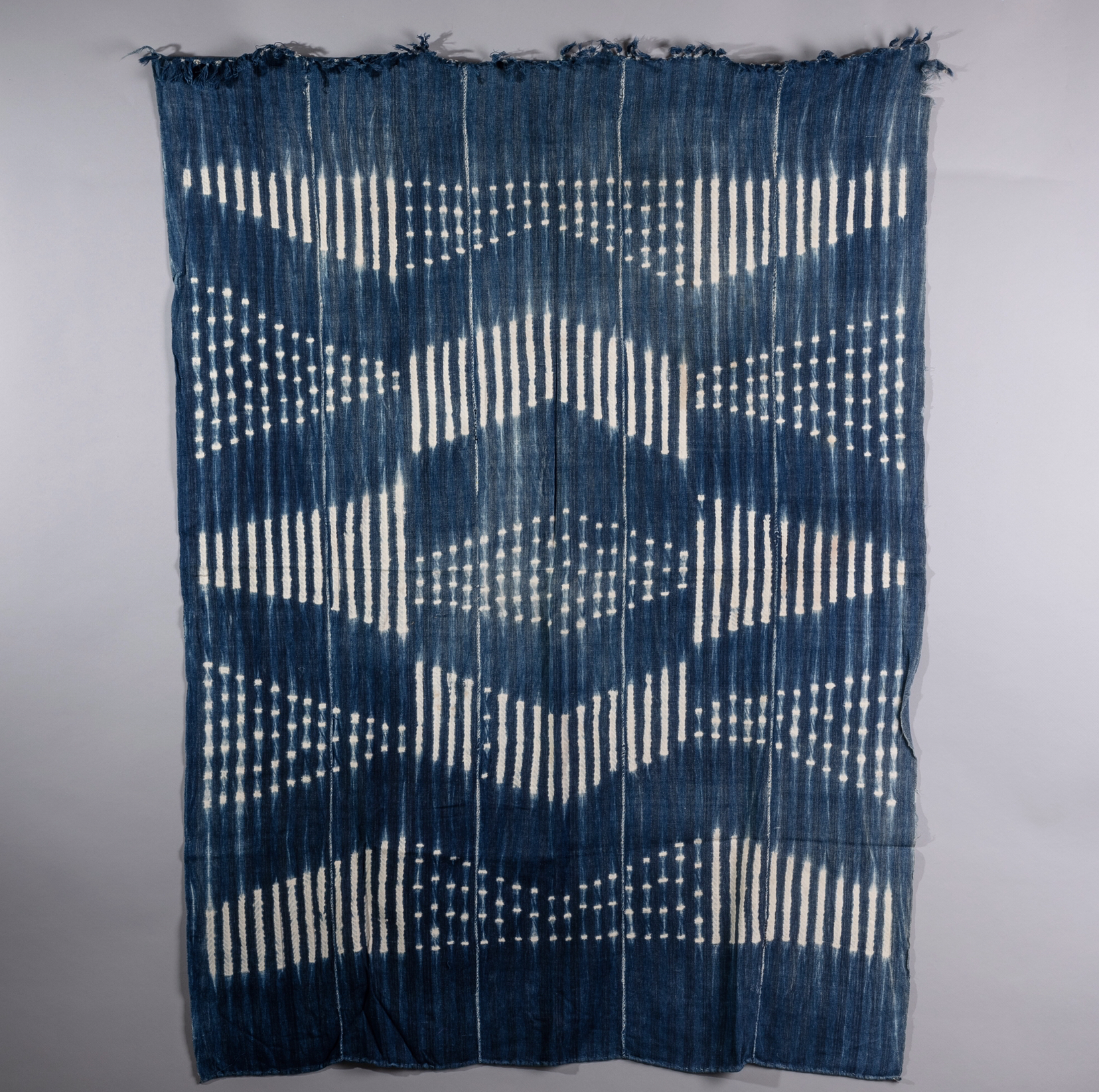 AN ARRESTING STRIP WEAVE CLOTH,  MOSSI TRIBE BURKINA  FASO (  No 1342 ).