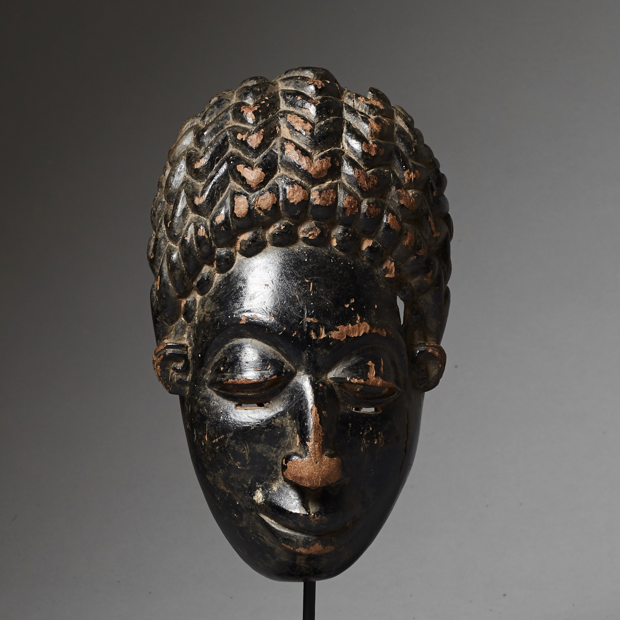 A PRETTY MASK FROM THE BAULE  REGION,  ( No 2536 )