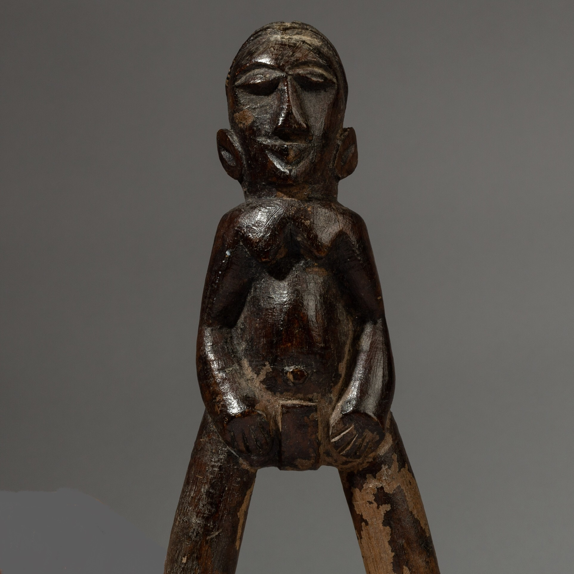 A  VERY NICE CUBIST LOBI CATAPULT FROM BURKINA FASO ( No 3296 )