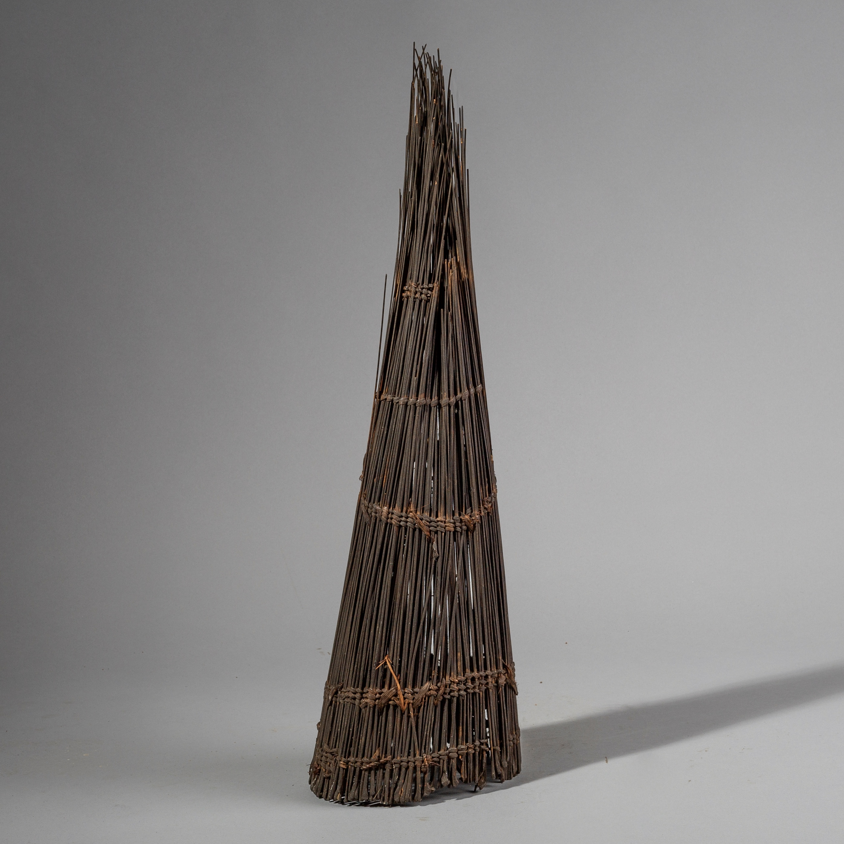 A FINE CONICAL FISH TRAP BASKET FROM THE CONGO ( No 1404 )