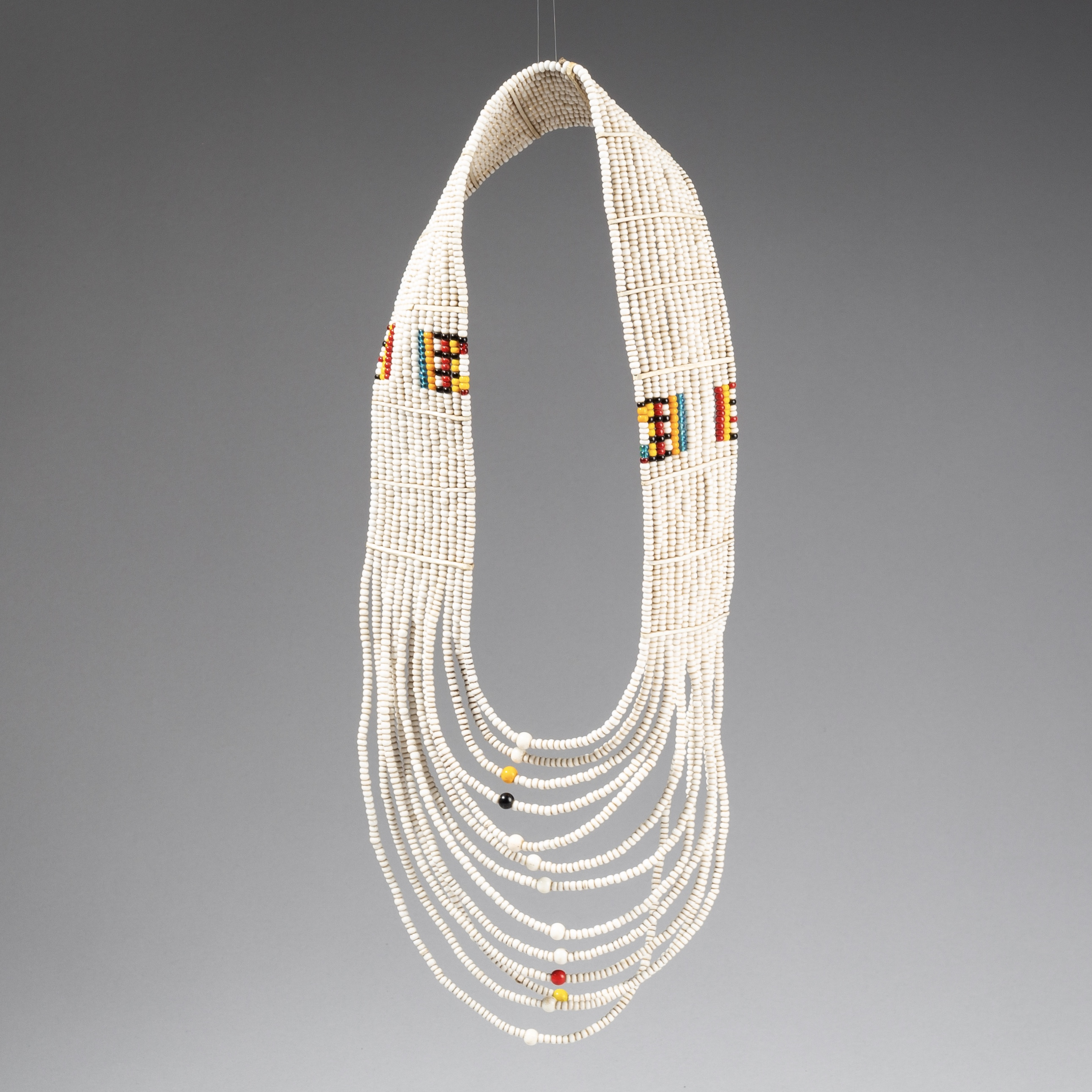 A SUBLIME MAASAI NECKLACE WITH CZECHOSLOVAKIAN GLASS TRADE BEADS, TANZANIA ( No 3650)