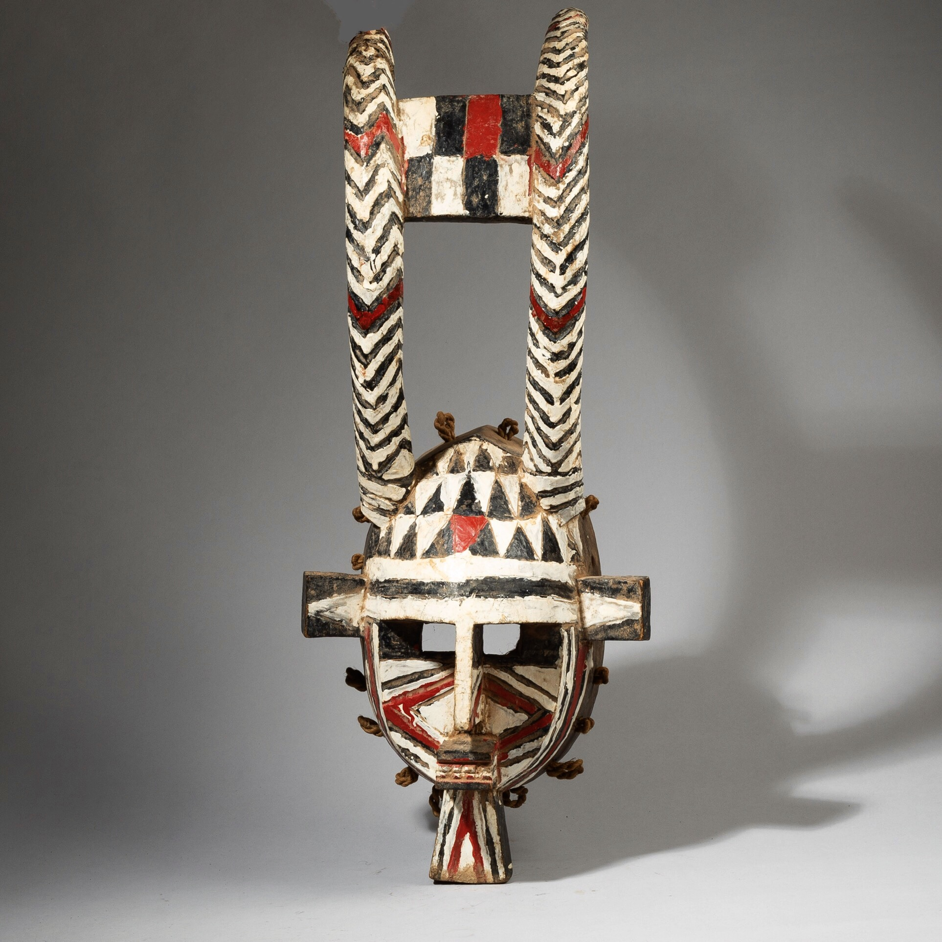 SOLD -SIMONE-A SPECTACULAR MOSSI MASK FROM BURKINA FASO W. AFRICA ( No 4432 )