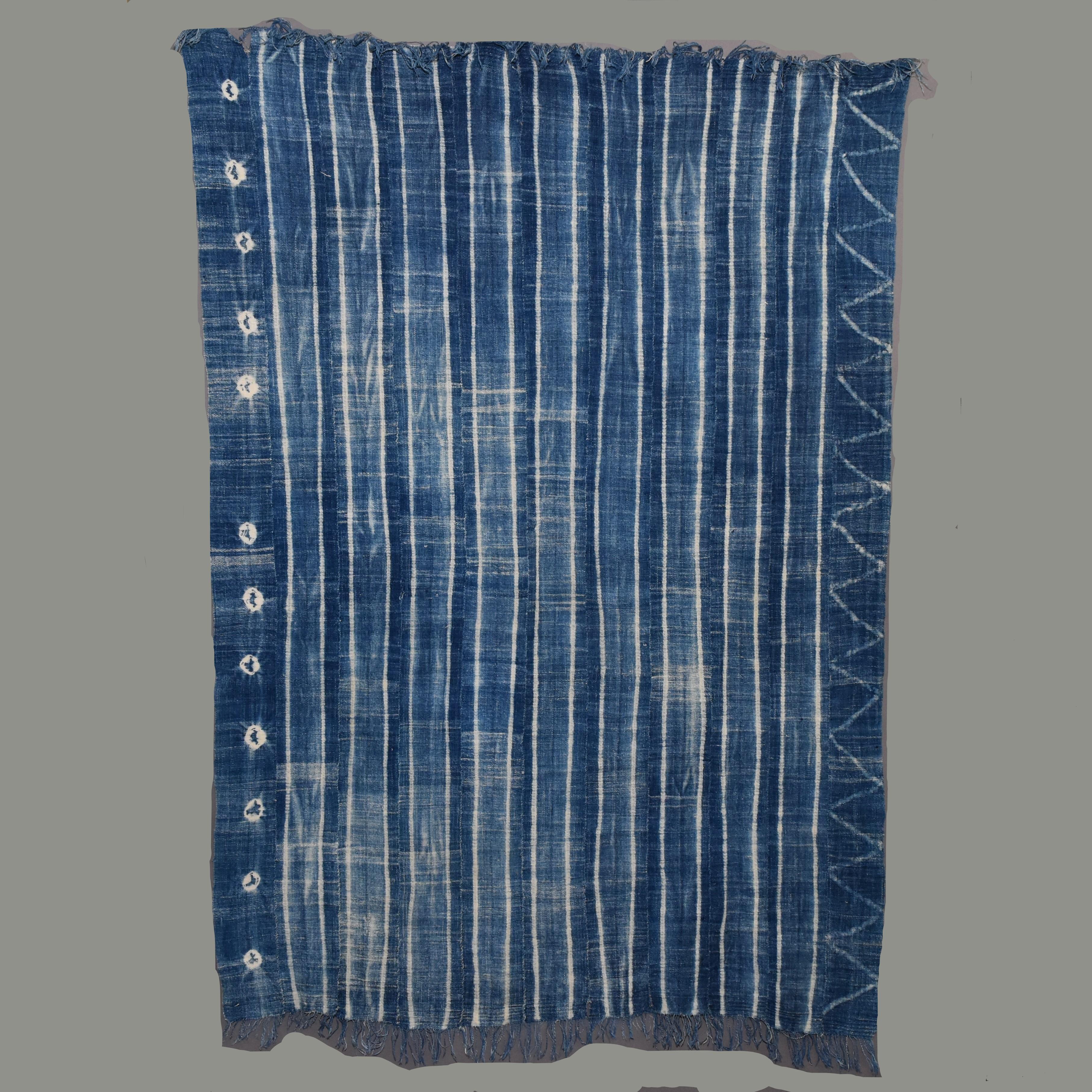 A GENTLE MOSSI CLOTH FROM BURKINA FASO ( No 684 )