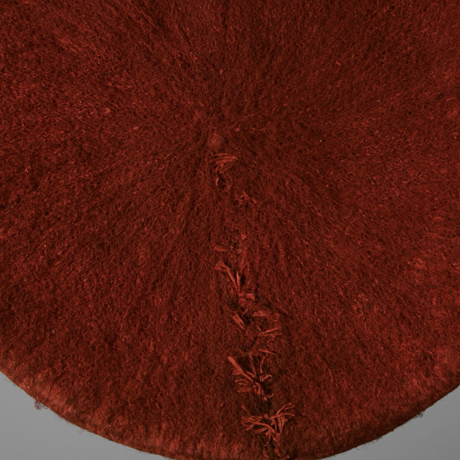 A SERENE RED ISICOLO HAT, ZULU TRIBE SOUTH AFRICA ( No 3911)