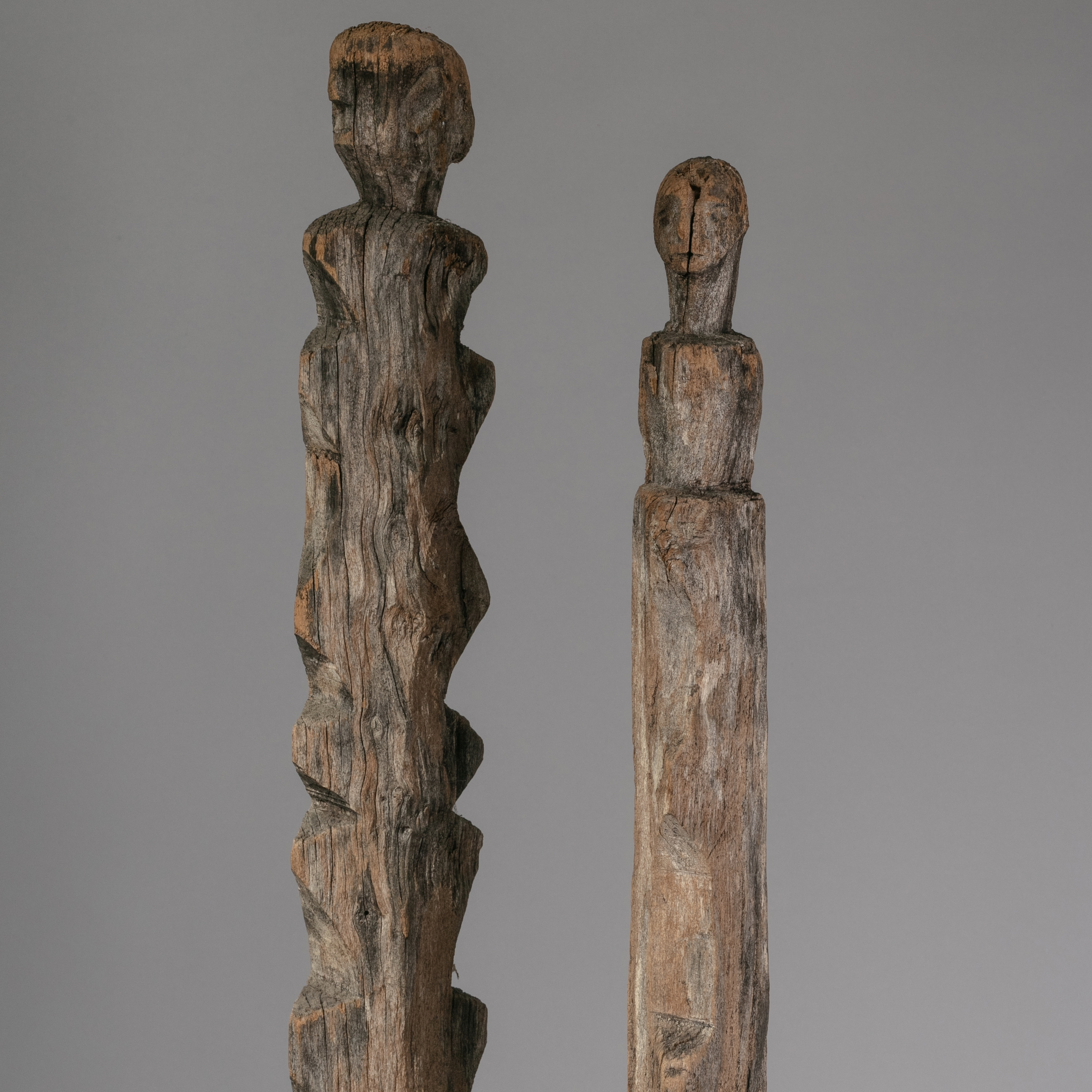AN EXTRA TALL PAIR OF TOTEMS FROM INDONESIA ( No 1326 )  EU POSTAGE ONLY