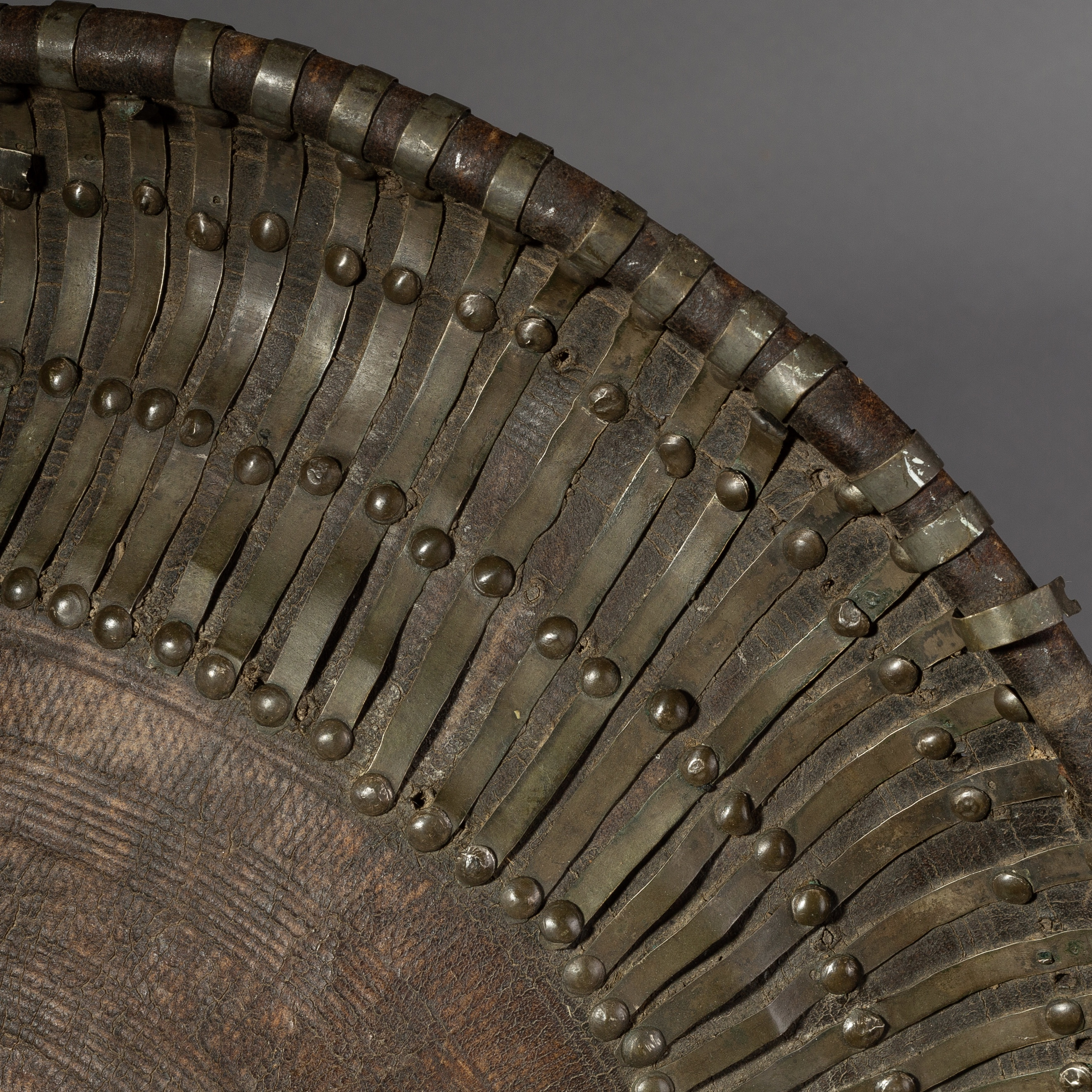AN OLD LEATHER SHIELD FROM ETHIOPIA ( No 895 )