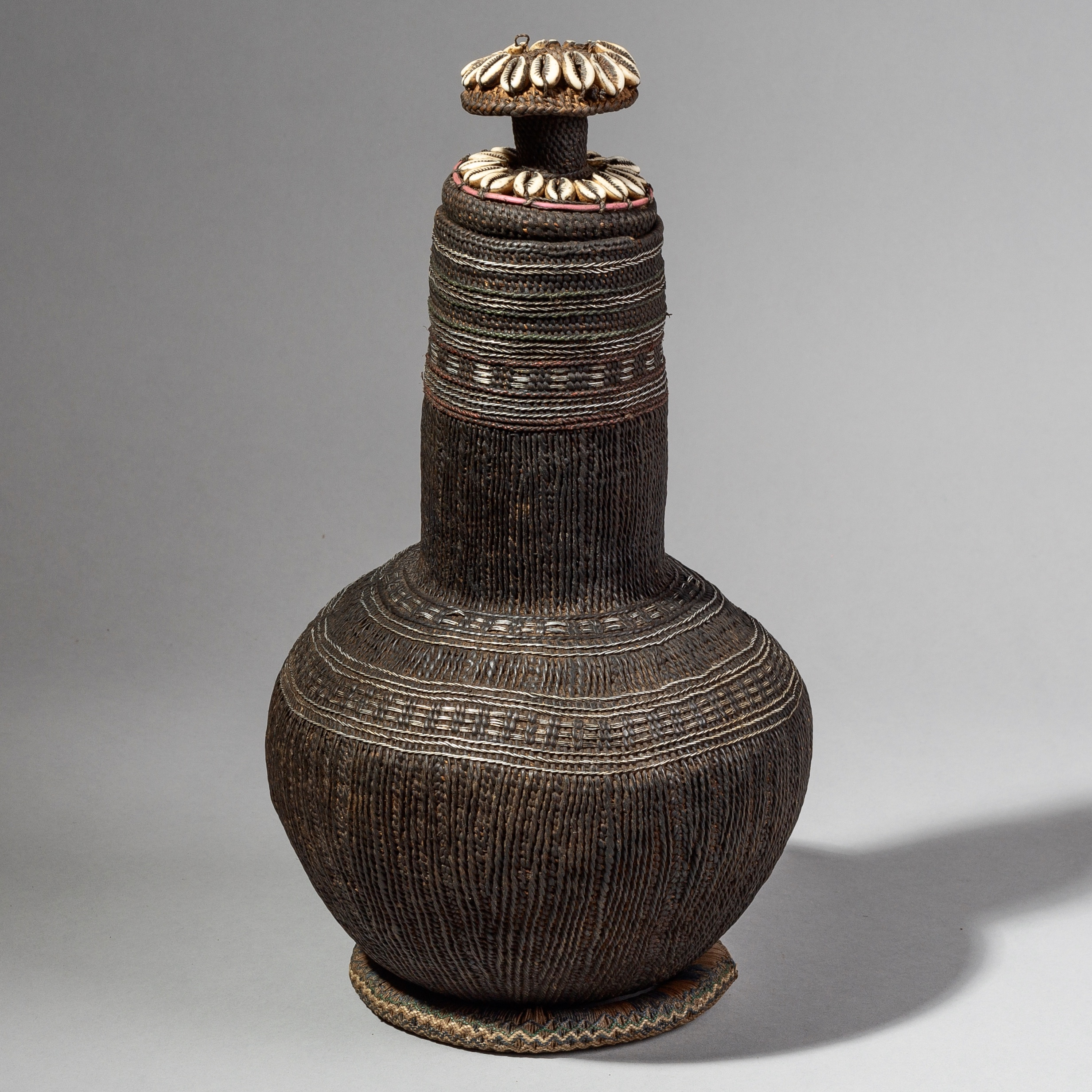 A SHAPELY + FINE BORANA WOVEN BASKET FROM ETHIOPIA ( No 1685 )