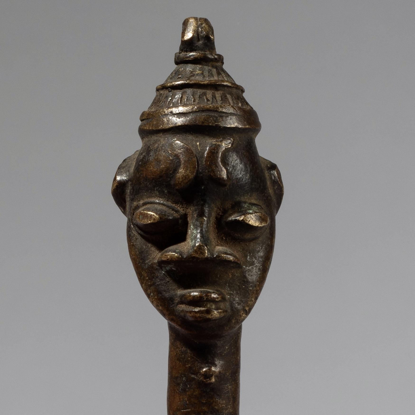 AN ANTIQUE OGBONI BRONZE, YORUBA TRIBE NIGERIA W AFRICA ( No 4277)