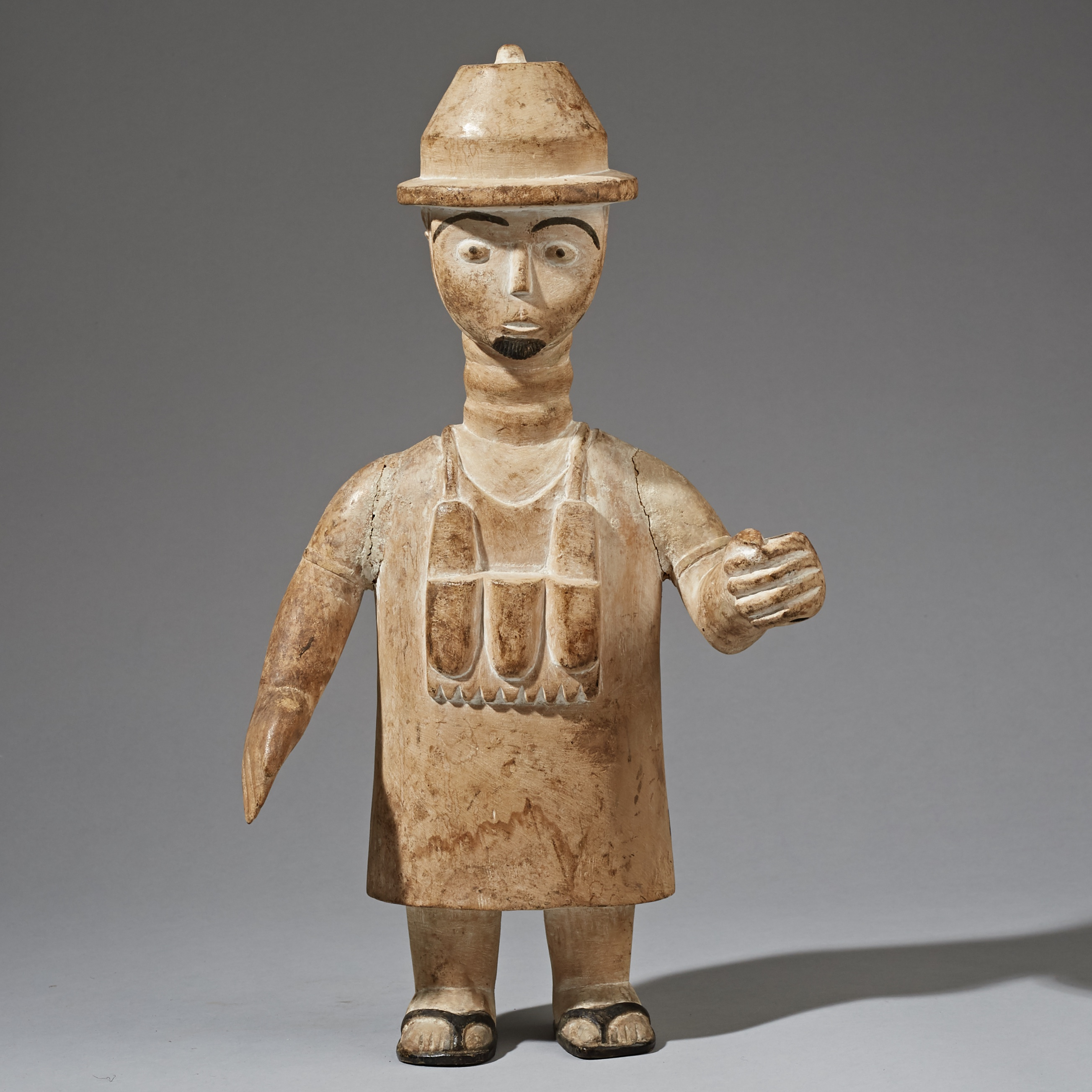A CHARMING LARGE EWE ALTAR FIGURE WITH COLONIAL HAT FROM GHANA ( No 2275 )