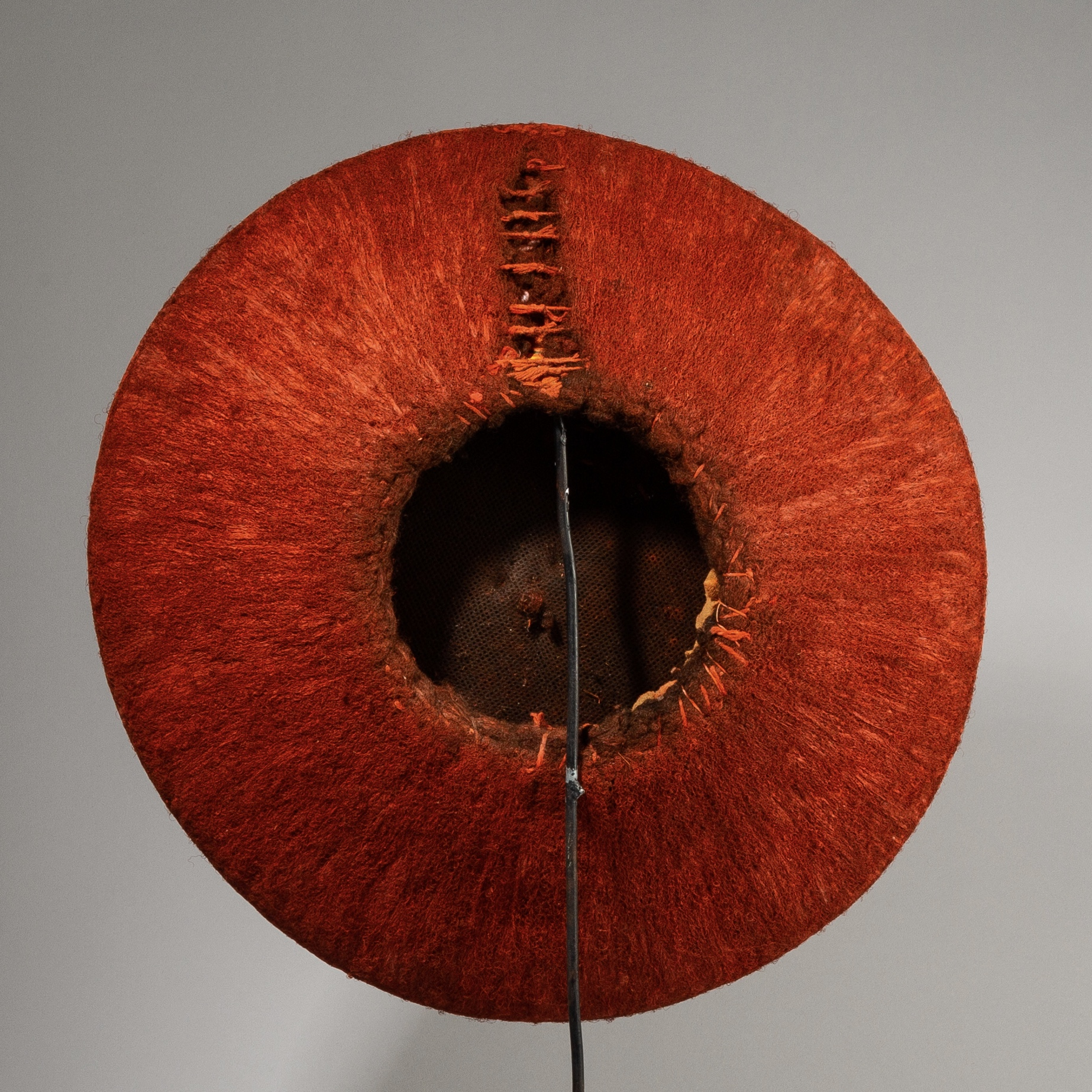 A RUSTY RED ISICOLO MARRIED WOMANS HAT, ZULU TRIBE S AFRICA ( No 3849 )