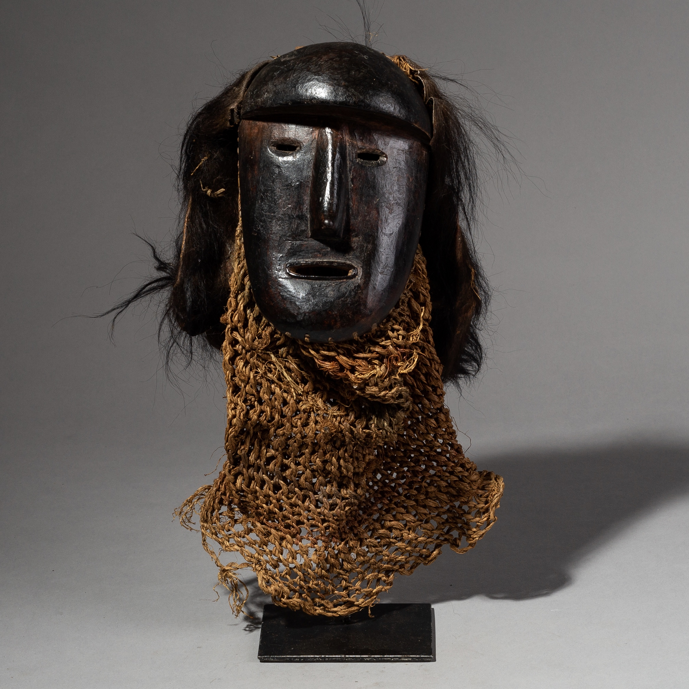 AN IMPRESSIVE OLD MASK FROM THE CONGO EX UK COLLECTION ( No 2054 )