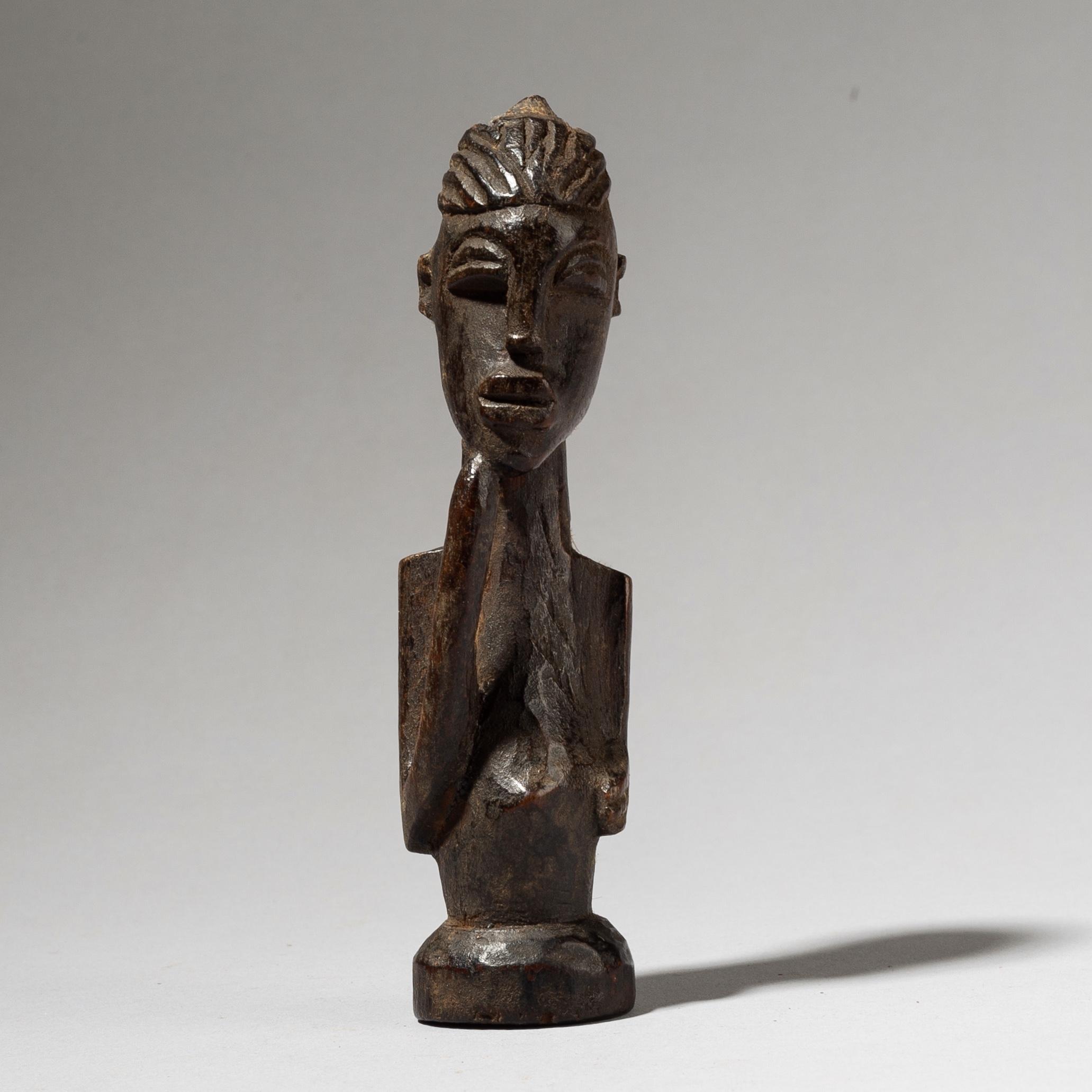 THE THINKING MAN LOBI CHARM FROM IVORY COAST W AFRICA ( No 4050)
