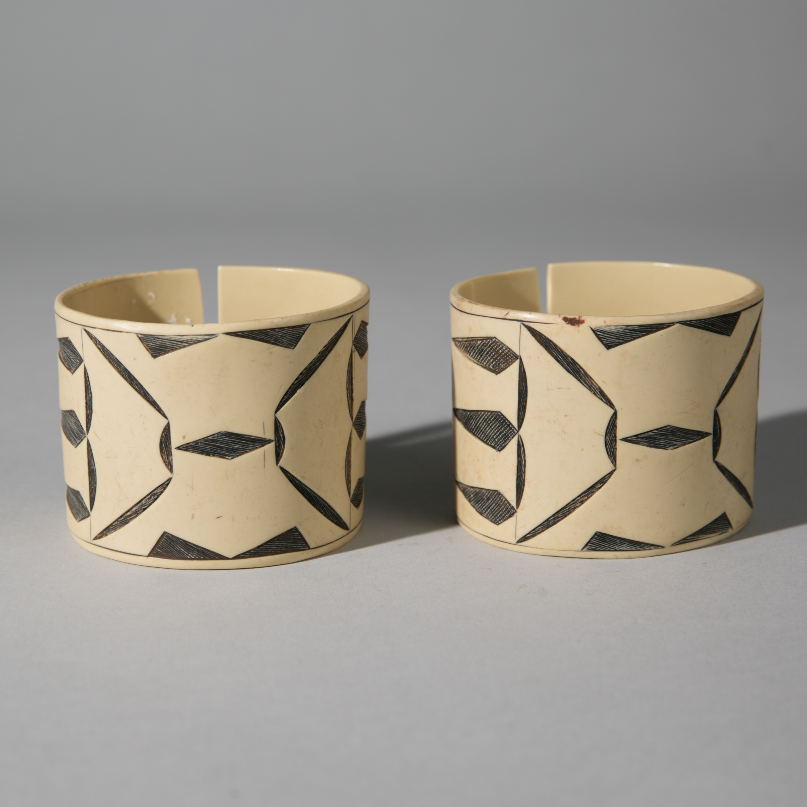 Sold YEARS-A BEAUTEOUS PAIR OF HIMBA CUFFS, NAMIBIA ( No 3968 )