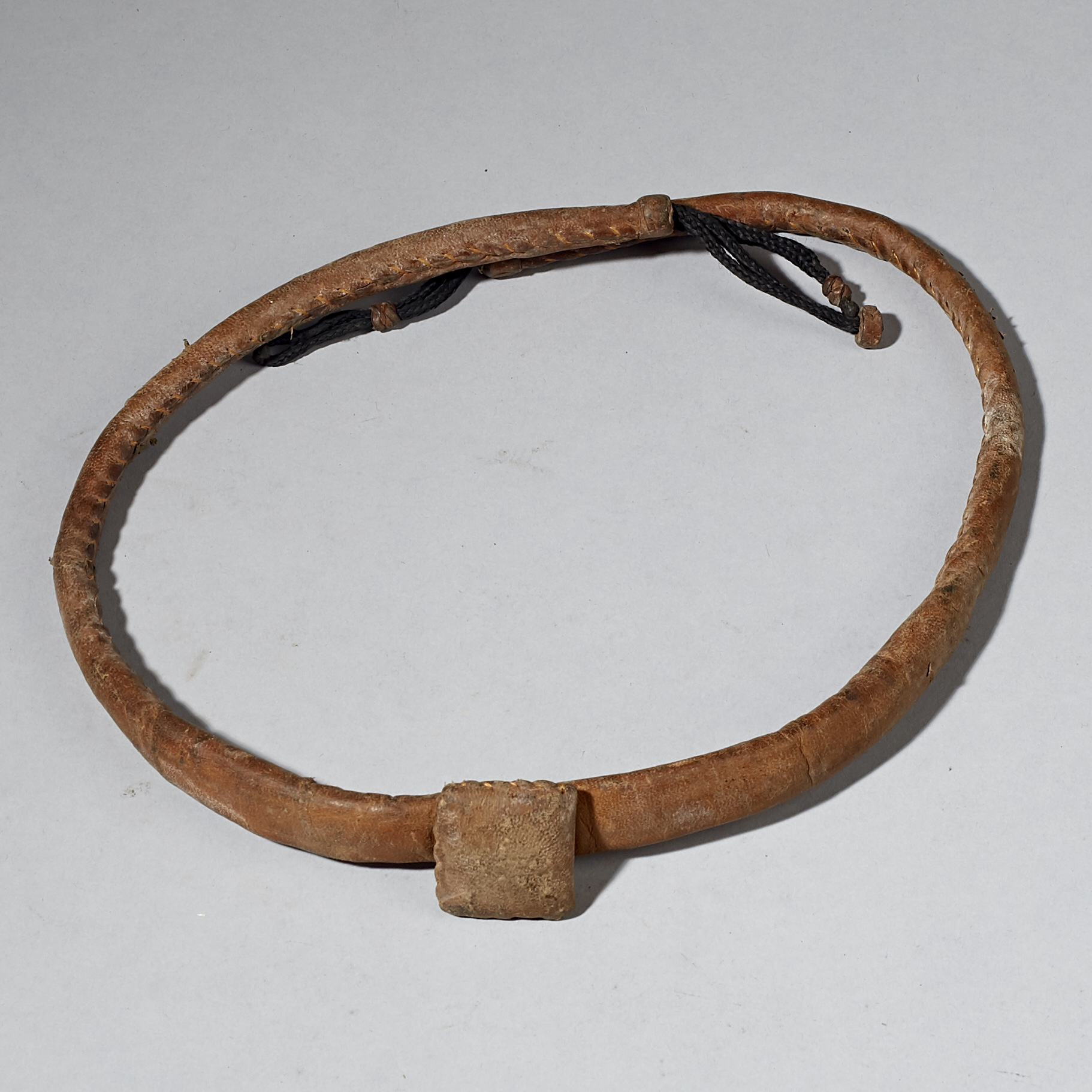 A LEATHER GRIS GRIS NECKLACE OR BELT, TUAREG TRIBE OF NIGER ( No 3080 )