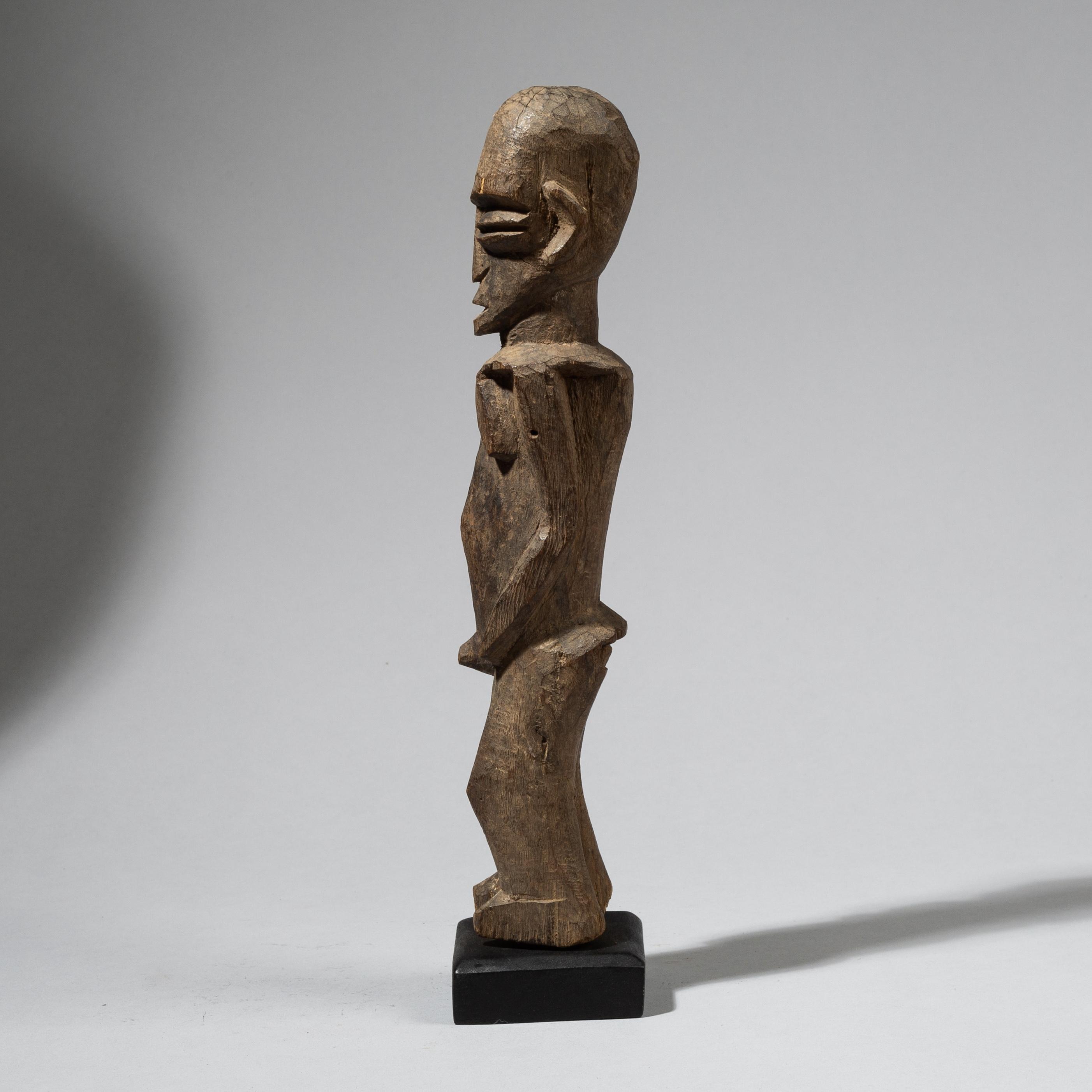 A LIKEABLE LOBI THIL FIGURE, IVORY COAST, W.AFRICA ( No 4504)