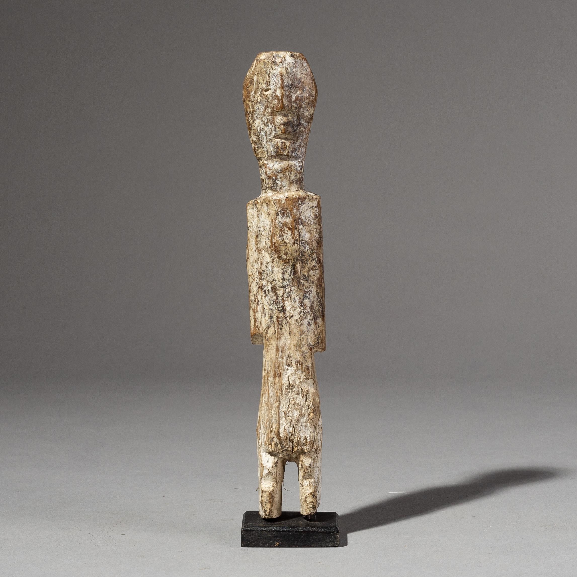 A CUBIST ADAN ANCESTOR FIGURE F ROM GHANA( No 2057 )  NM