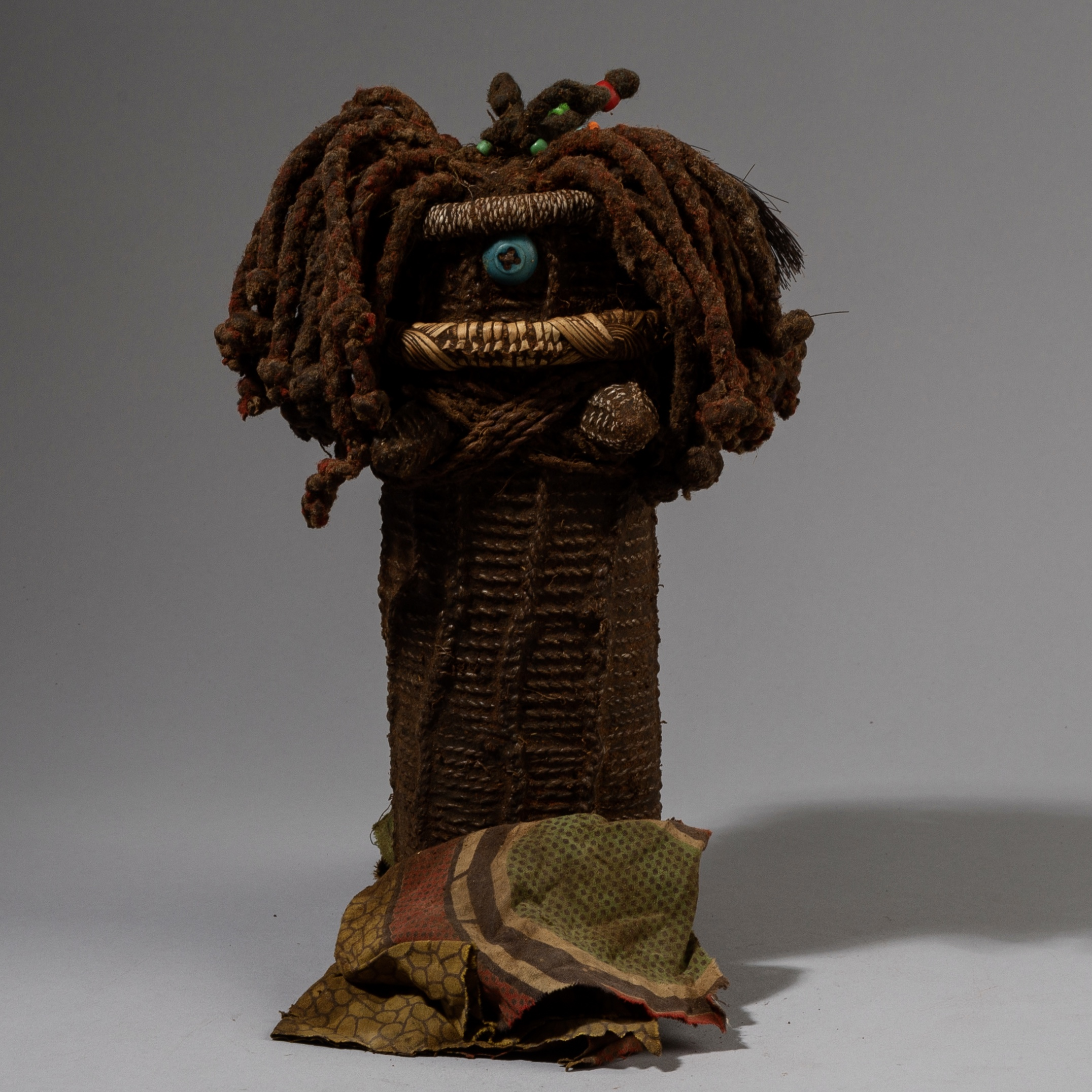 AN EXCEPTIONAL MWILA DOLL WITH LOVELY DETAILS, NAMIBIA ( No 3736 )