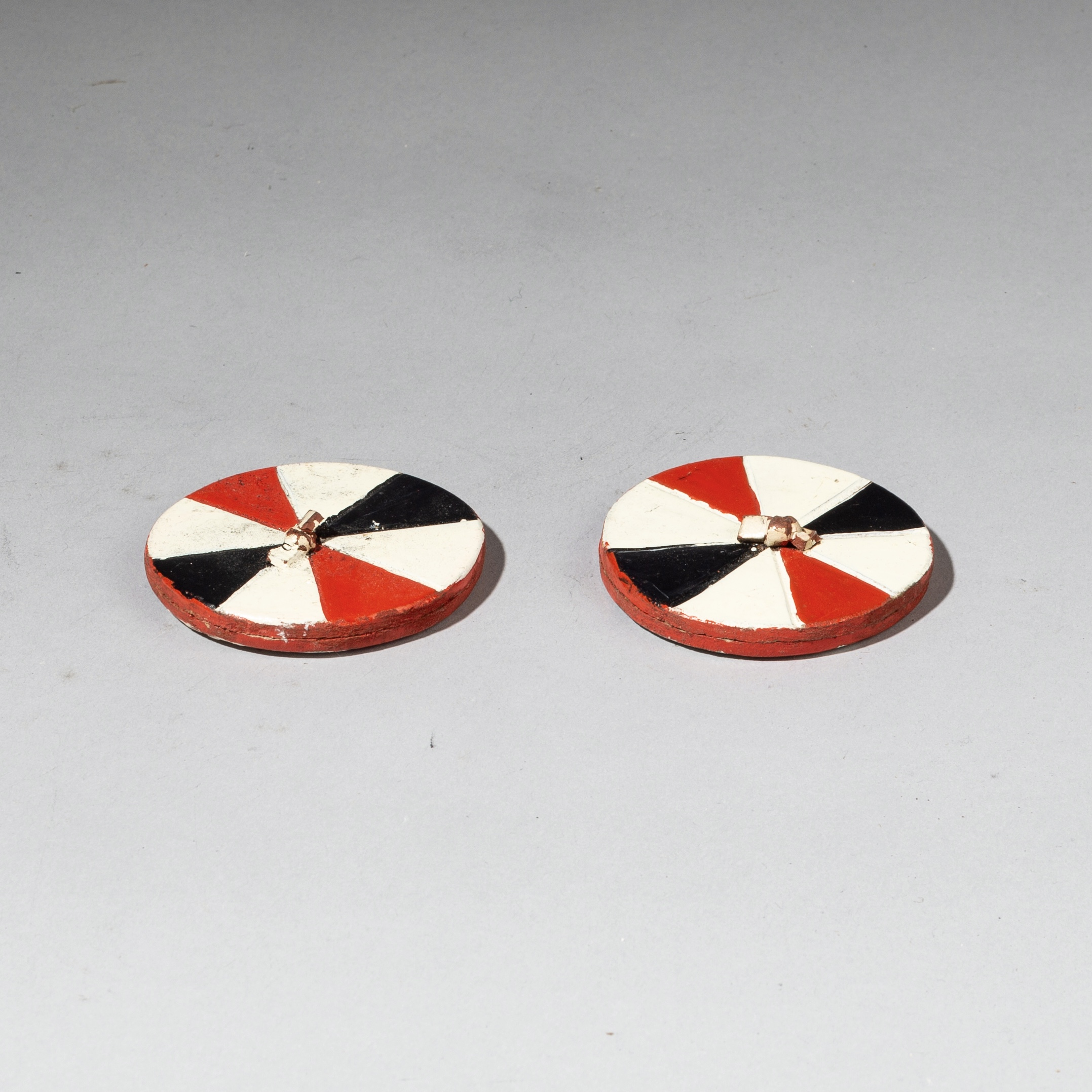 A STRIKING PAIR OF POLYCHROME EARPLUGS, ZULU TRIBE SOUTH AFRICA ( No 3192 )