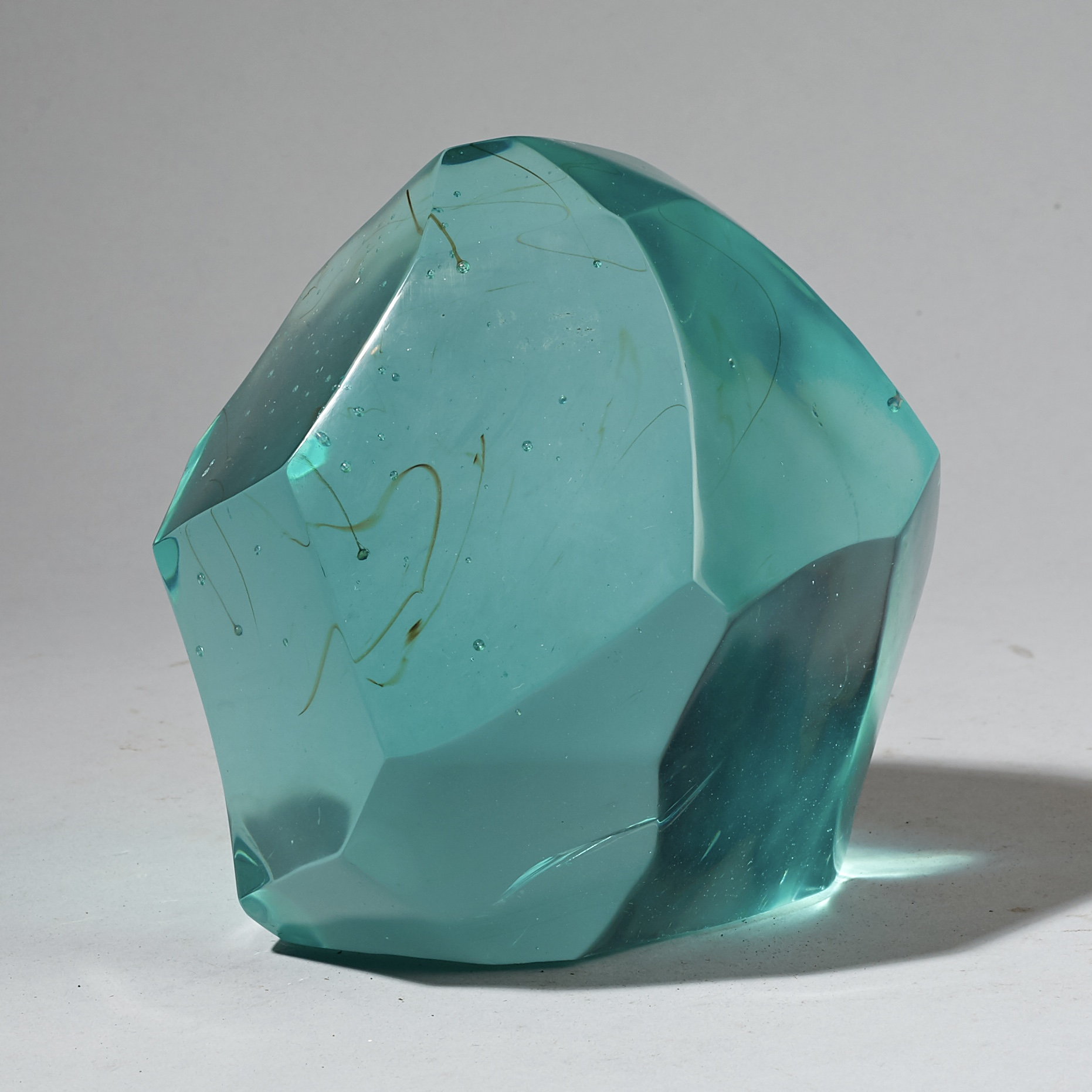 A TURQUOISE CUBIST NATURAL GLASS FORM FROM MADAGASCAR ( No 3022 )