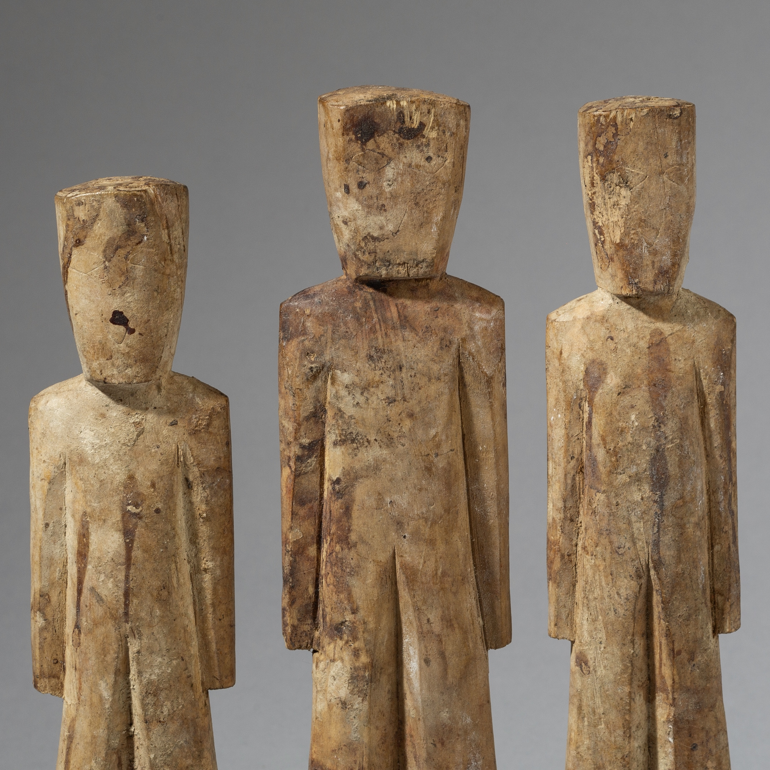 SD A CUBIST SET OF 3 ADAN STATUES FROM GHANA ( No 2783 )