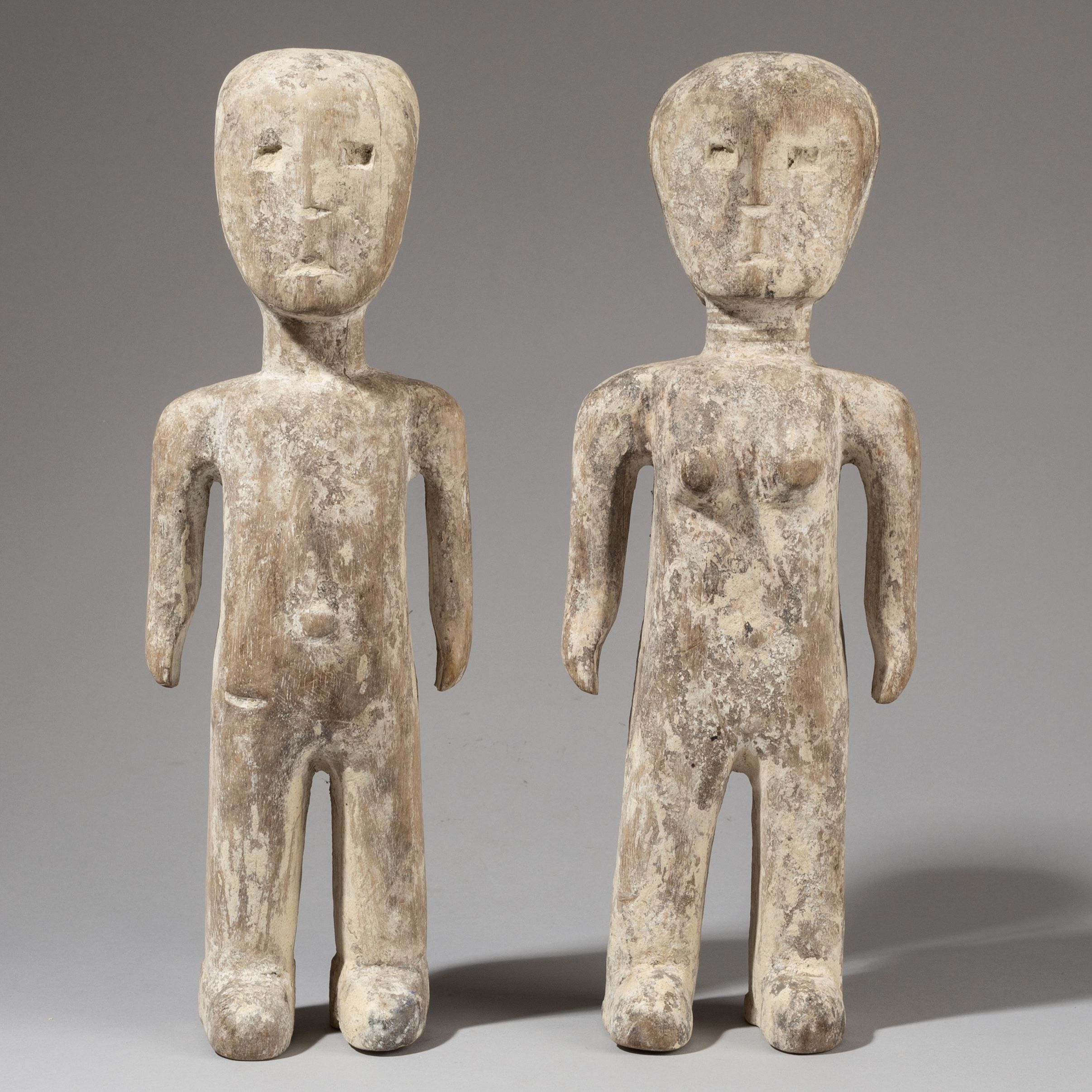 AN INNOCENT PAIR OF WHITE EWE ALTAR FIGURES, GHANA ( No 3424 )