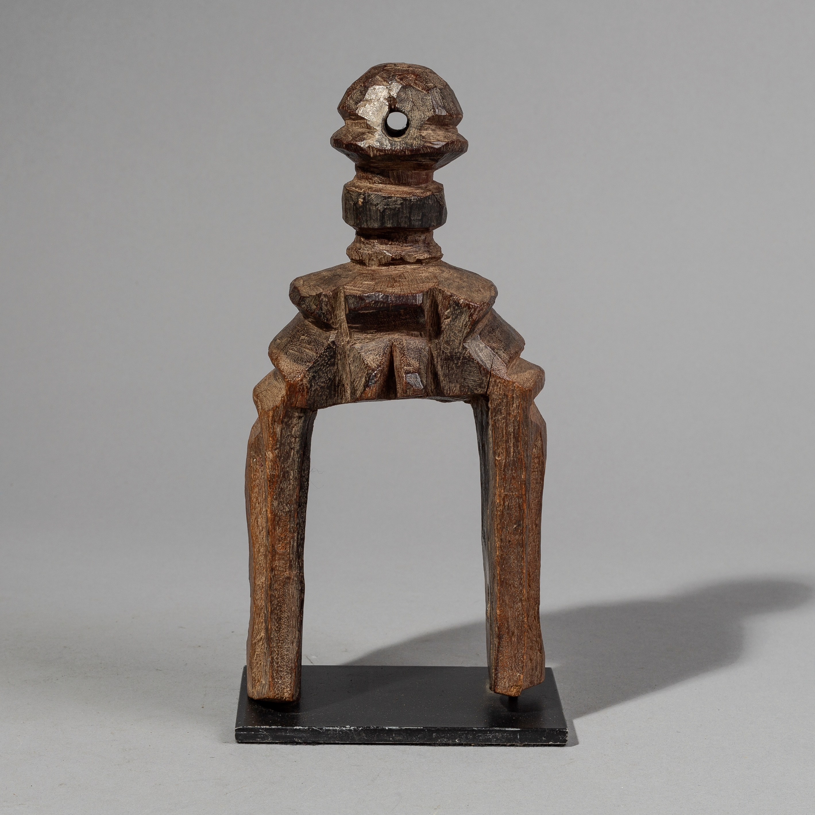 SD A BIG DOGON  HEDDLE PULLEY FROM MALI ( No 1518 )