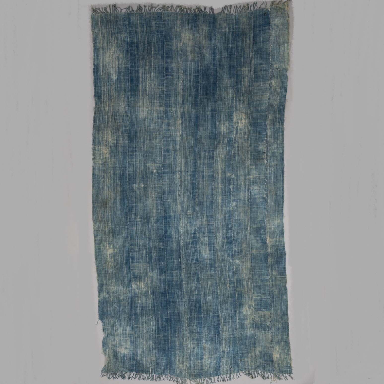 A DENIMY WOMANS CLOTH FROM BURKINA FASO ( No 4115)