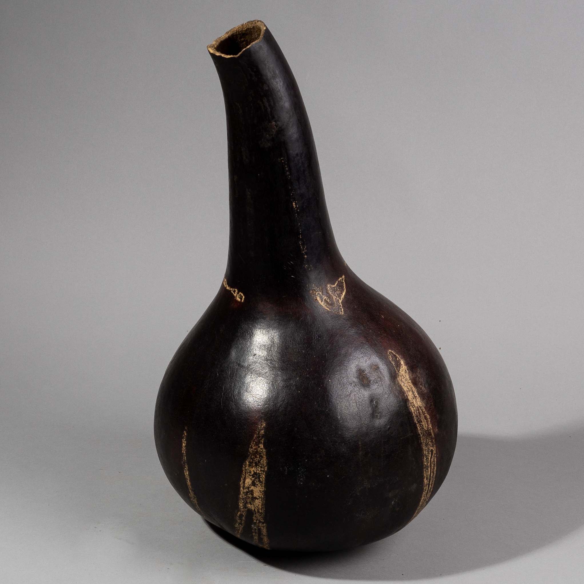 A LARGE STRIKING GOURD VESSEL,  BAMILEKE TRIBE   OF CAMEROON (  No 1359 ). NM
